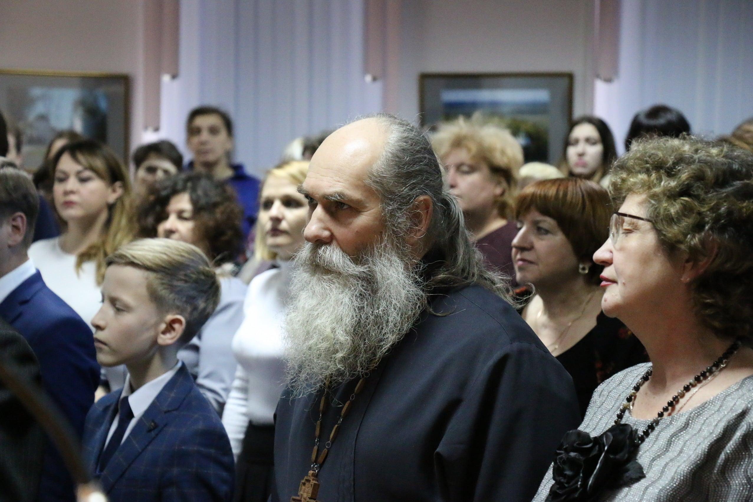 http://monuspen.ru/photoreports/06f1f0951a3799a9c804c7f0881a7668.JPG