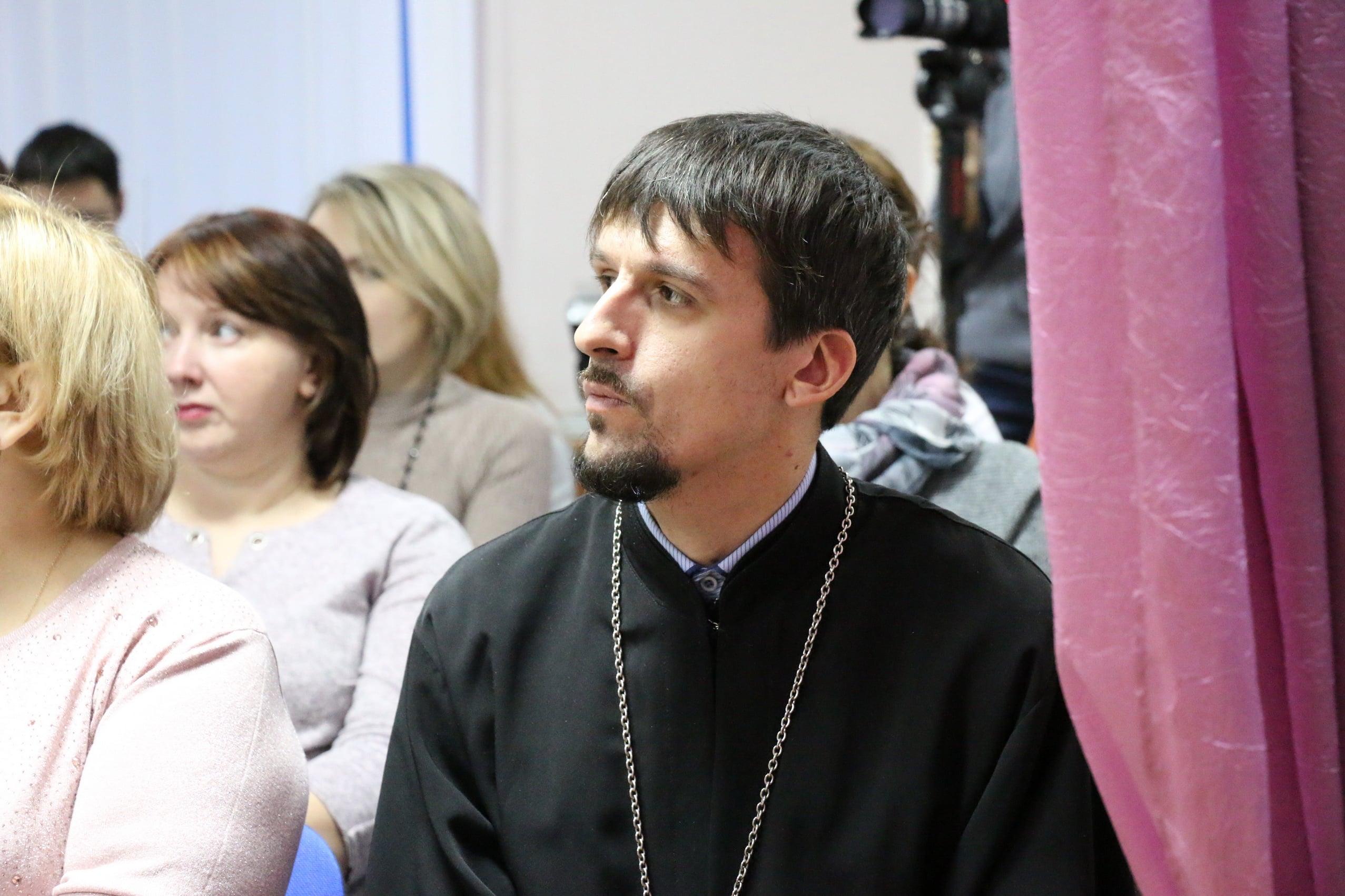http://monuspen.ru/photoreports/06f1f0951a3799a9c804c7f0881a7677.JPG
