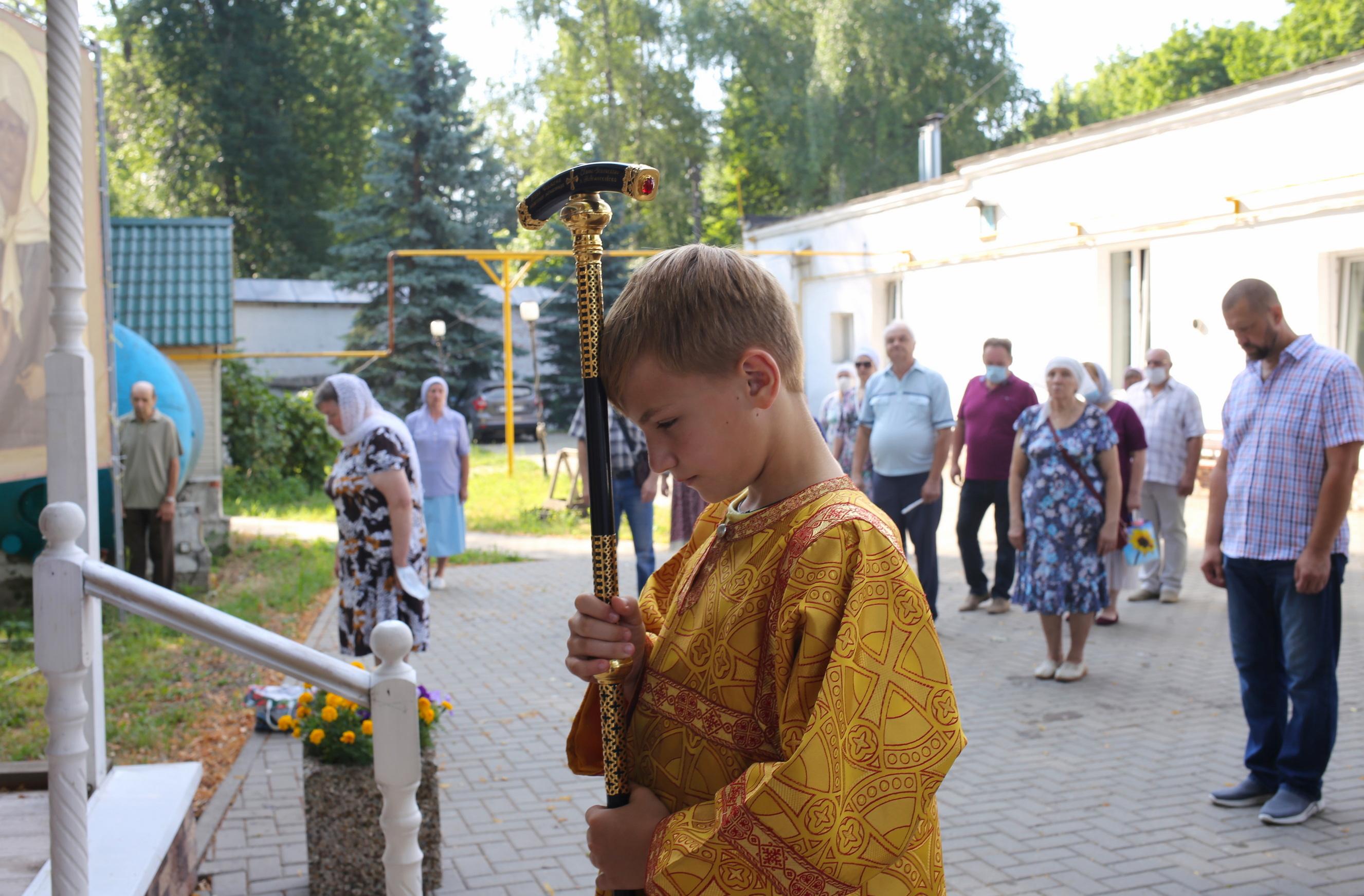 http://monuspen.ru/photoreports/0b6ade44eec28ab7deaa46b13ae6733j.JPG