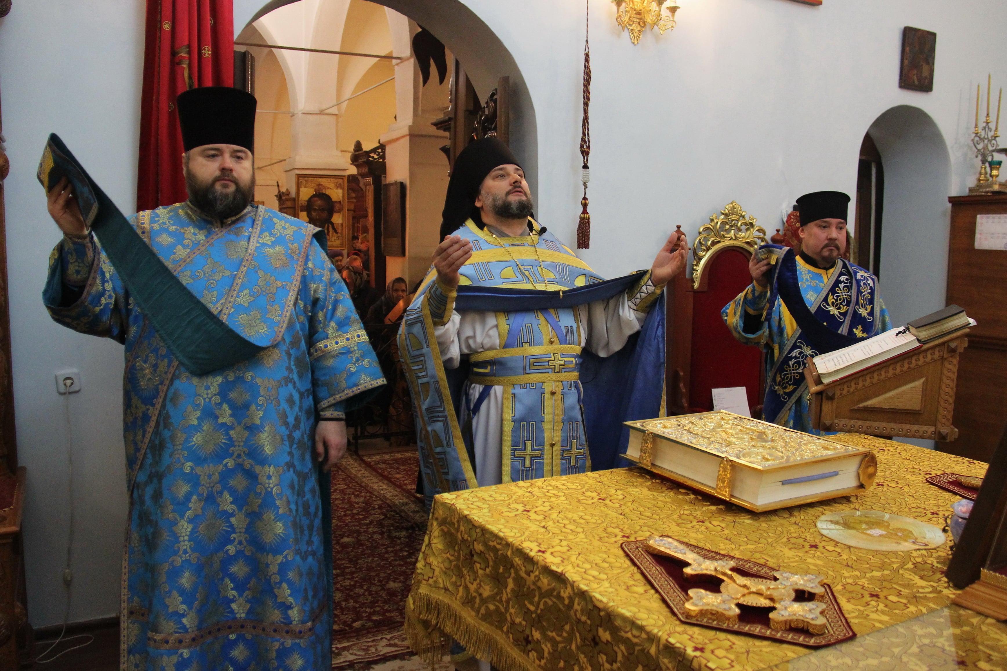 http://monuspen.ru/photoreports/342b84000453e5730cbd714d7faf133s.JPG
