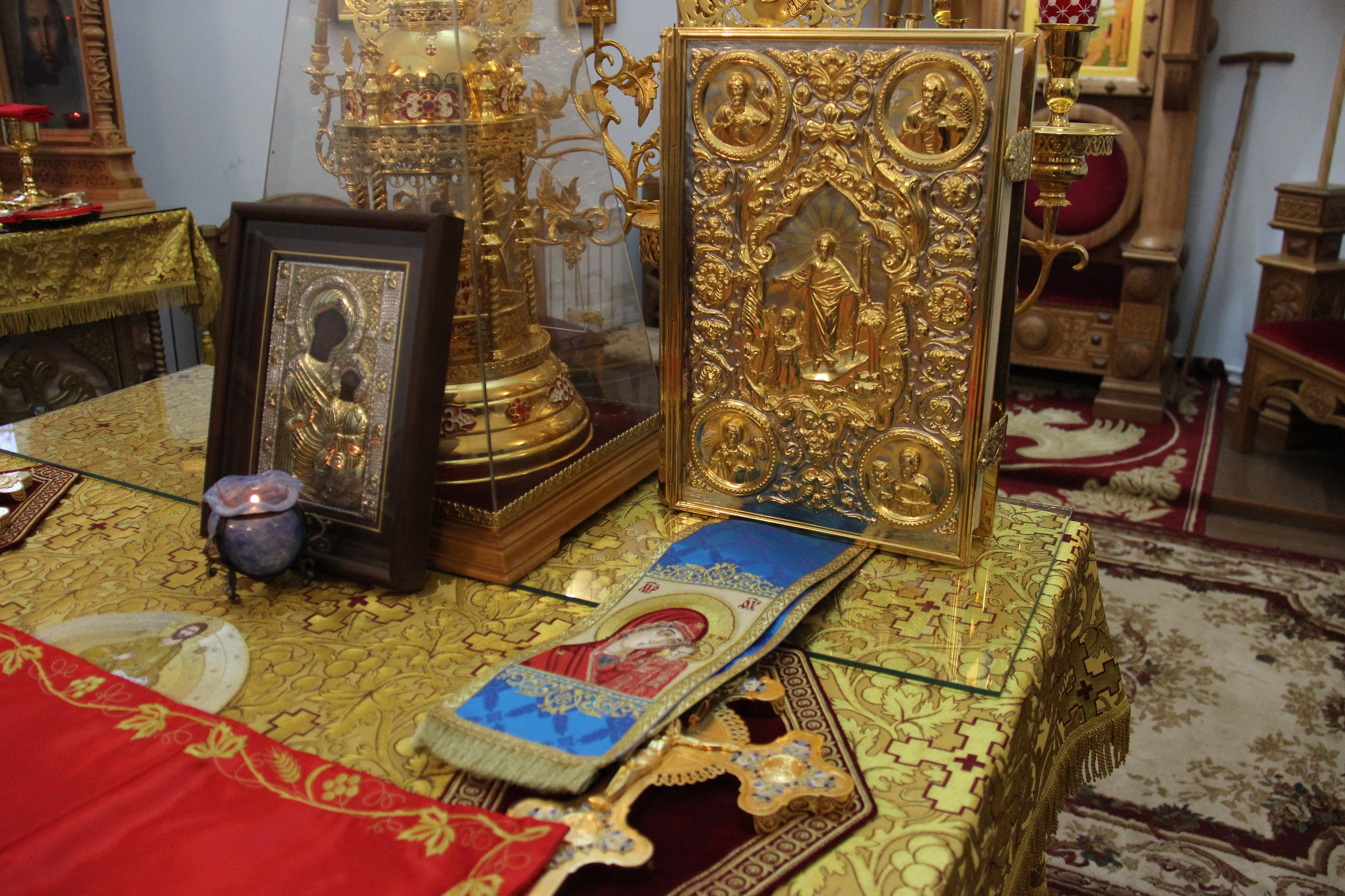 http://monuspen.ru/photoreports/342b84000453e5730cbd714d7faf133w.JPG