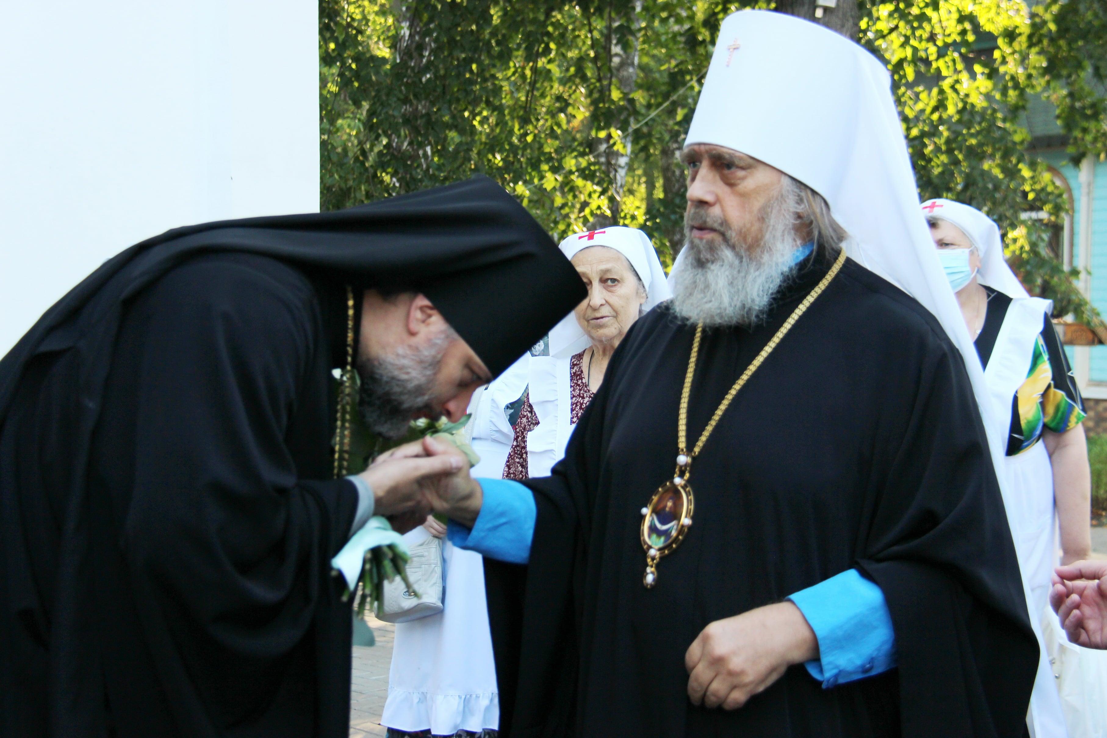 http://monuspen.ru/photoreports/4c37fc6d4cfa44c3ade52cad0af9c433.JPG