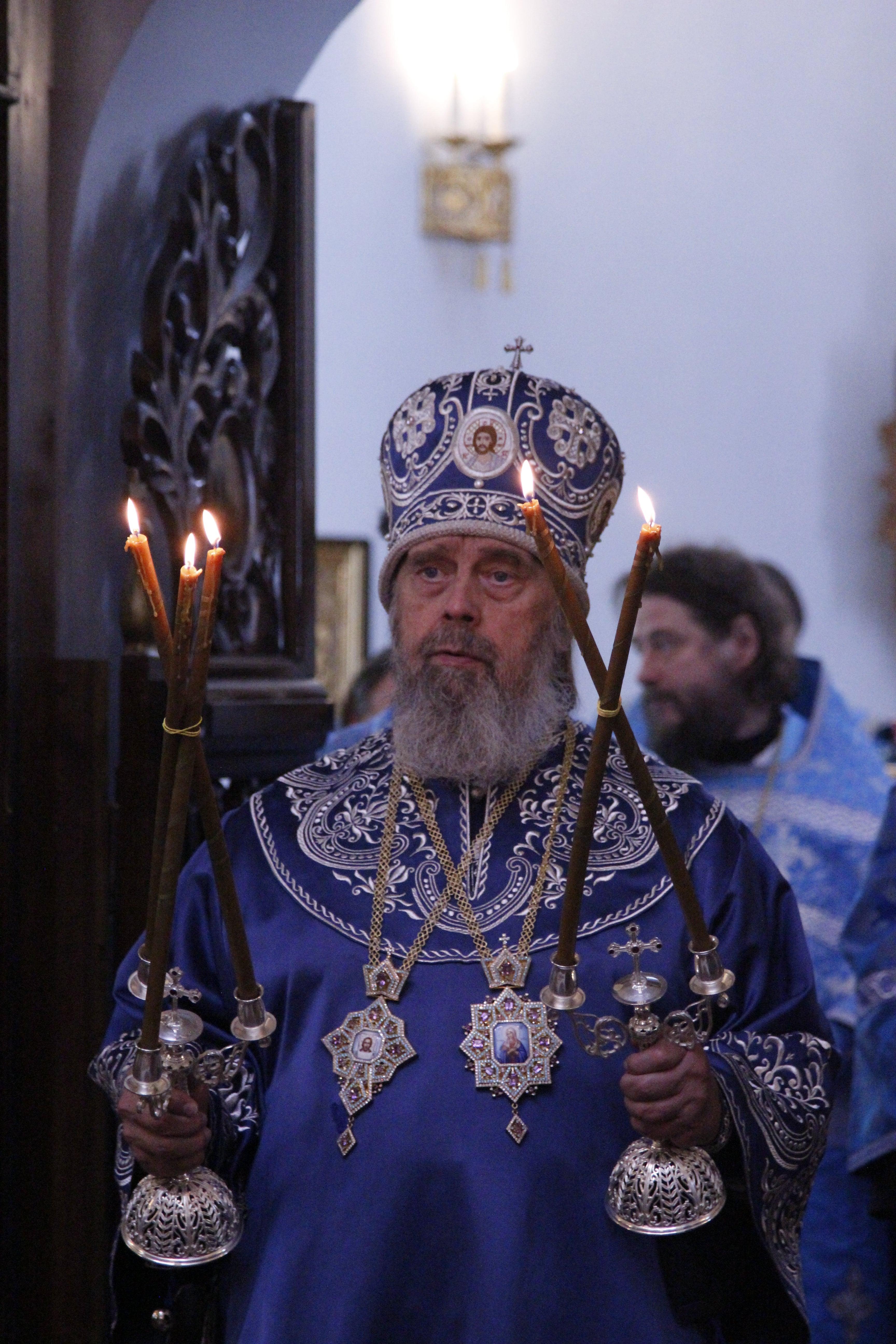 http://monuspen.ru/photoreports/4c37fc6d4cfa44c3ade52cad0af9c478.JPG