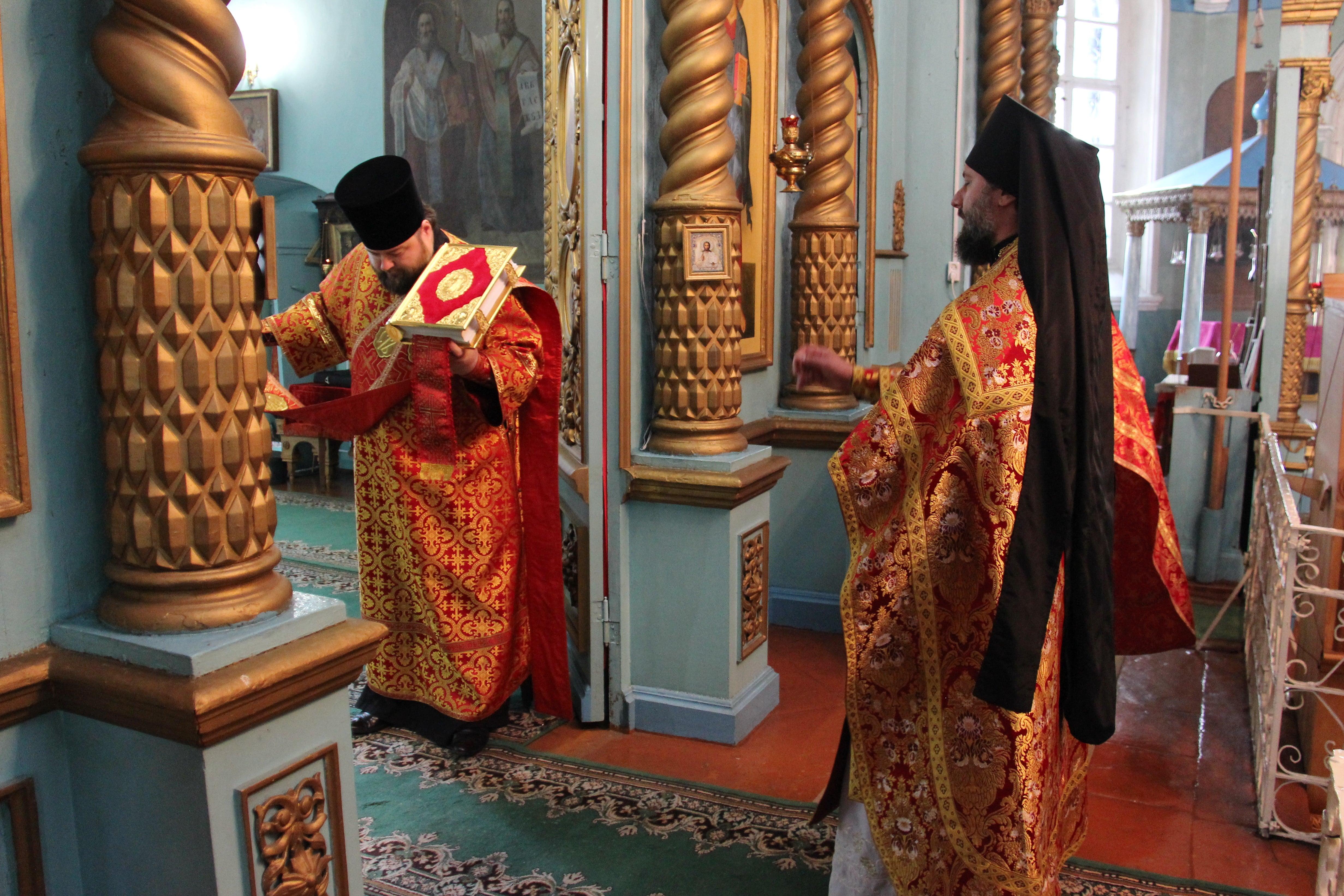 http://monuspen.ru/photoreports/761cedcebac14ed511129cb83b587d42.JPG