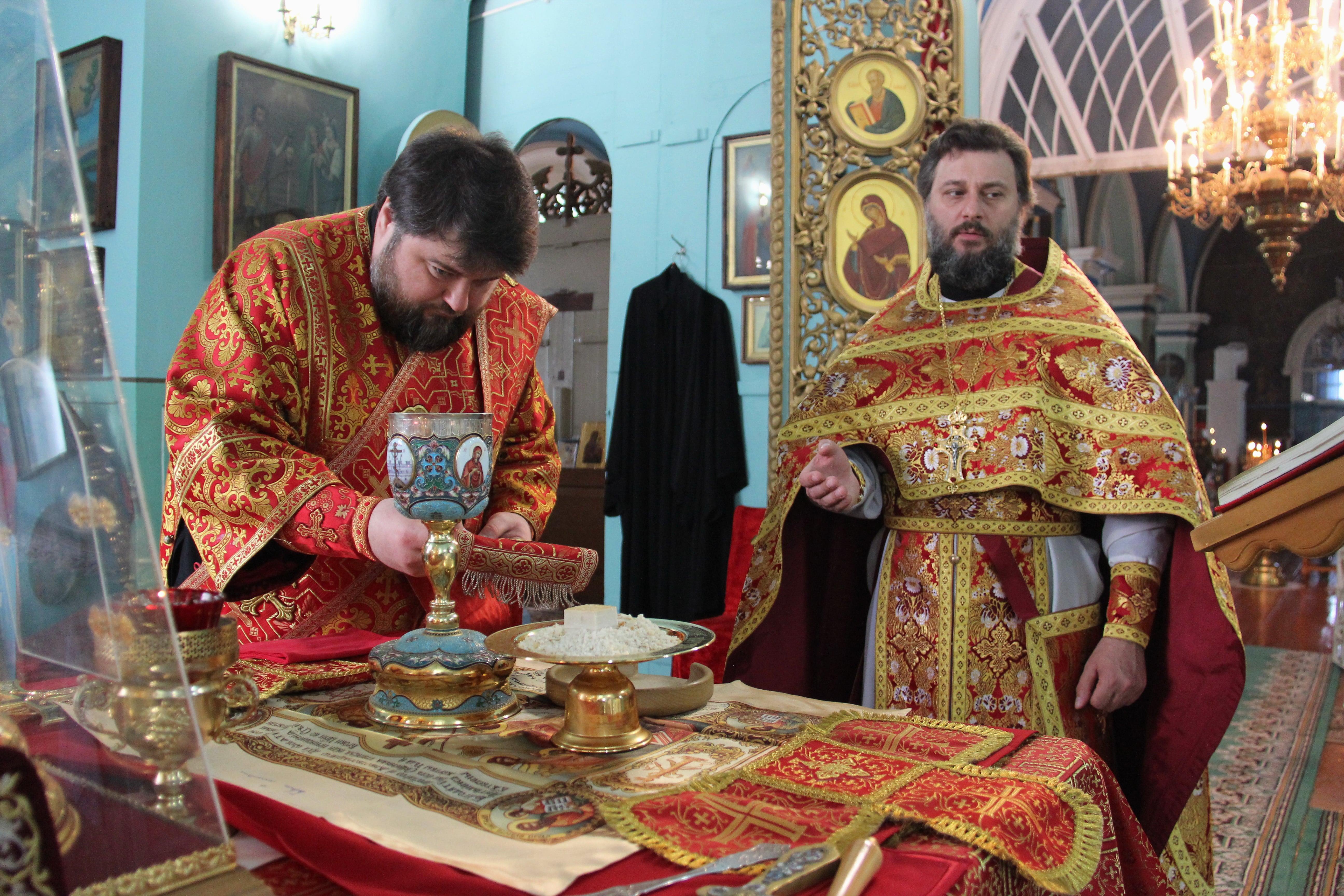 http://monuspen.ru/photoreports/761cedcebac14ed511129cb83b587d57.JPG