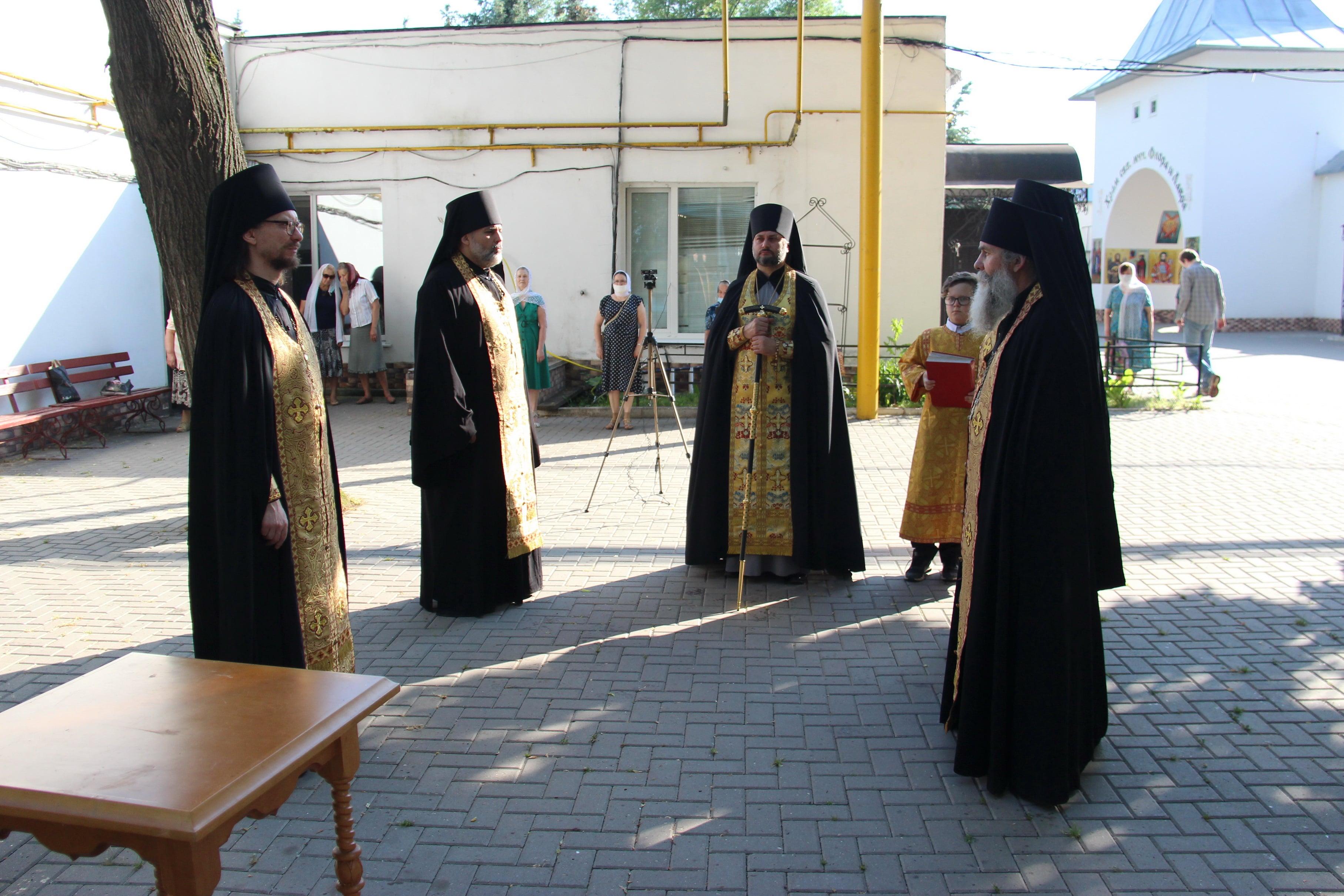 http://monuspen.ru/photoreports/767755fb4521ea66ecbf1338743fc8dg.JPG