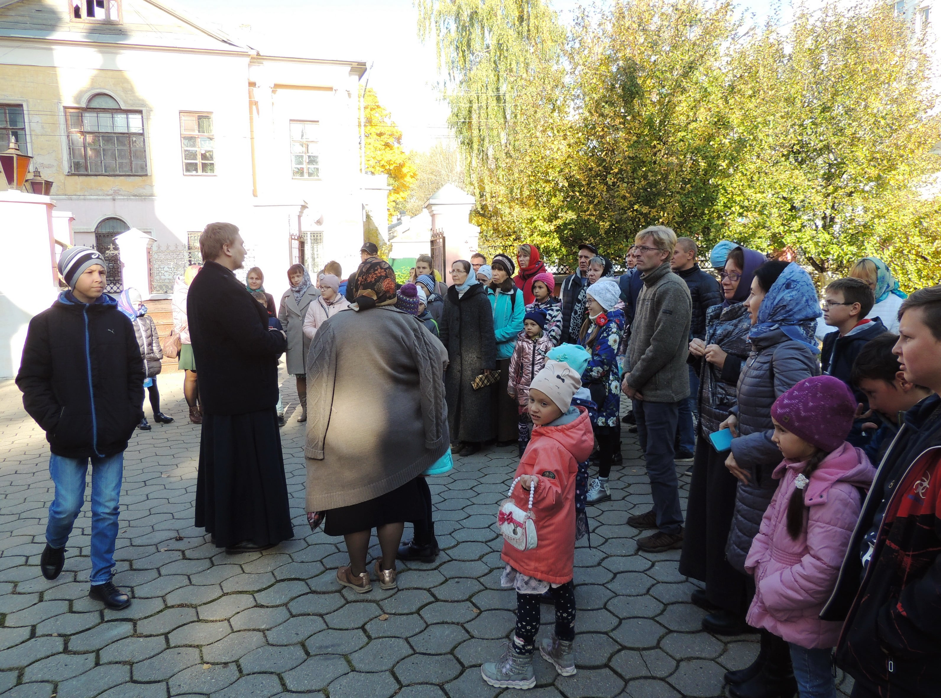 http://monuspen.ru/photoreports/7df66090564ac3621568a9866ab706ae.JPG