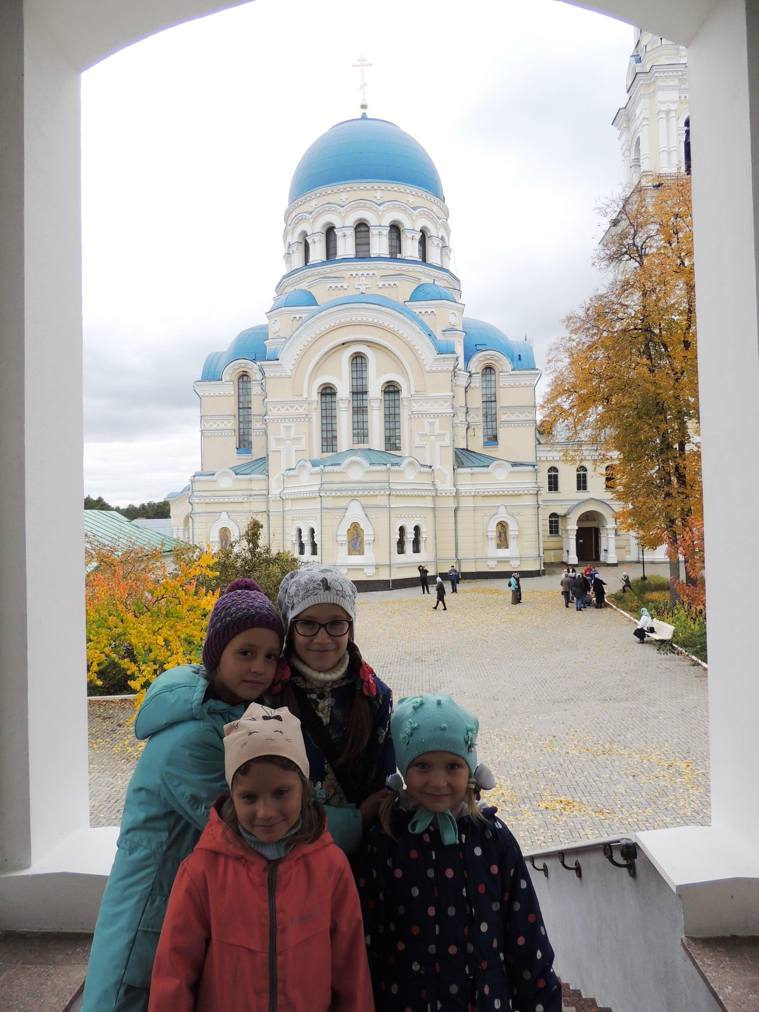 http://monuspen.ru/photoreports/7df66090564ac3621568a9866ab706al.JPG