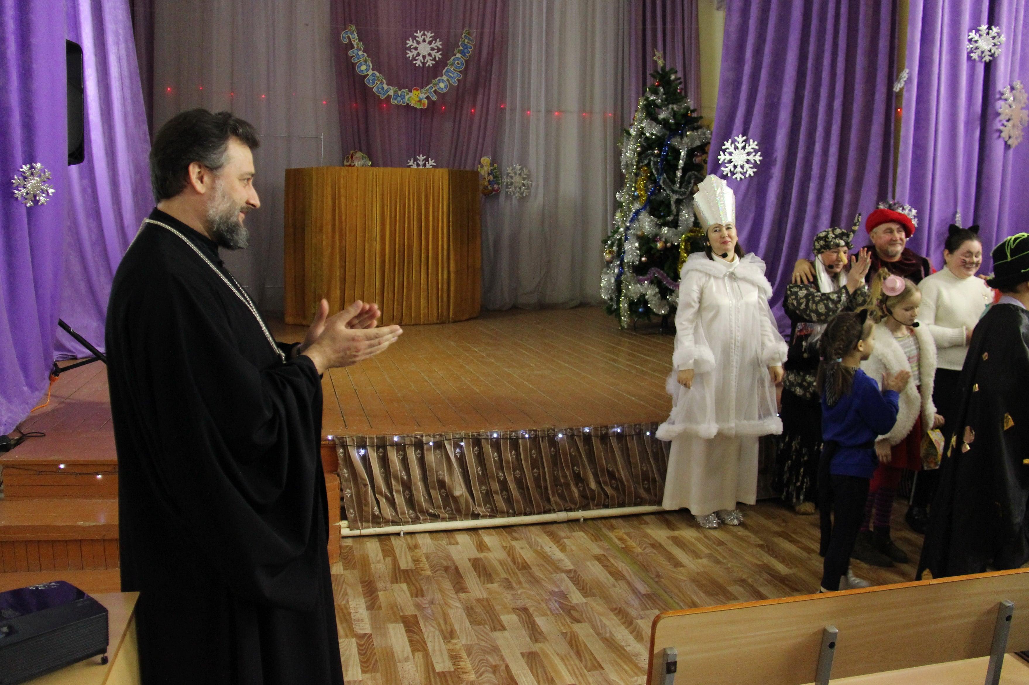 http://monuspen.ru/photoreports/7e2fac8d59536ce3faa4191d7710c889.JPG