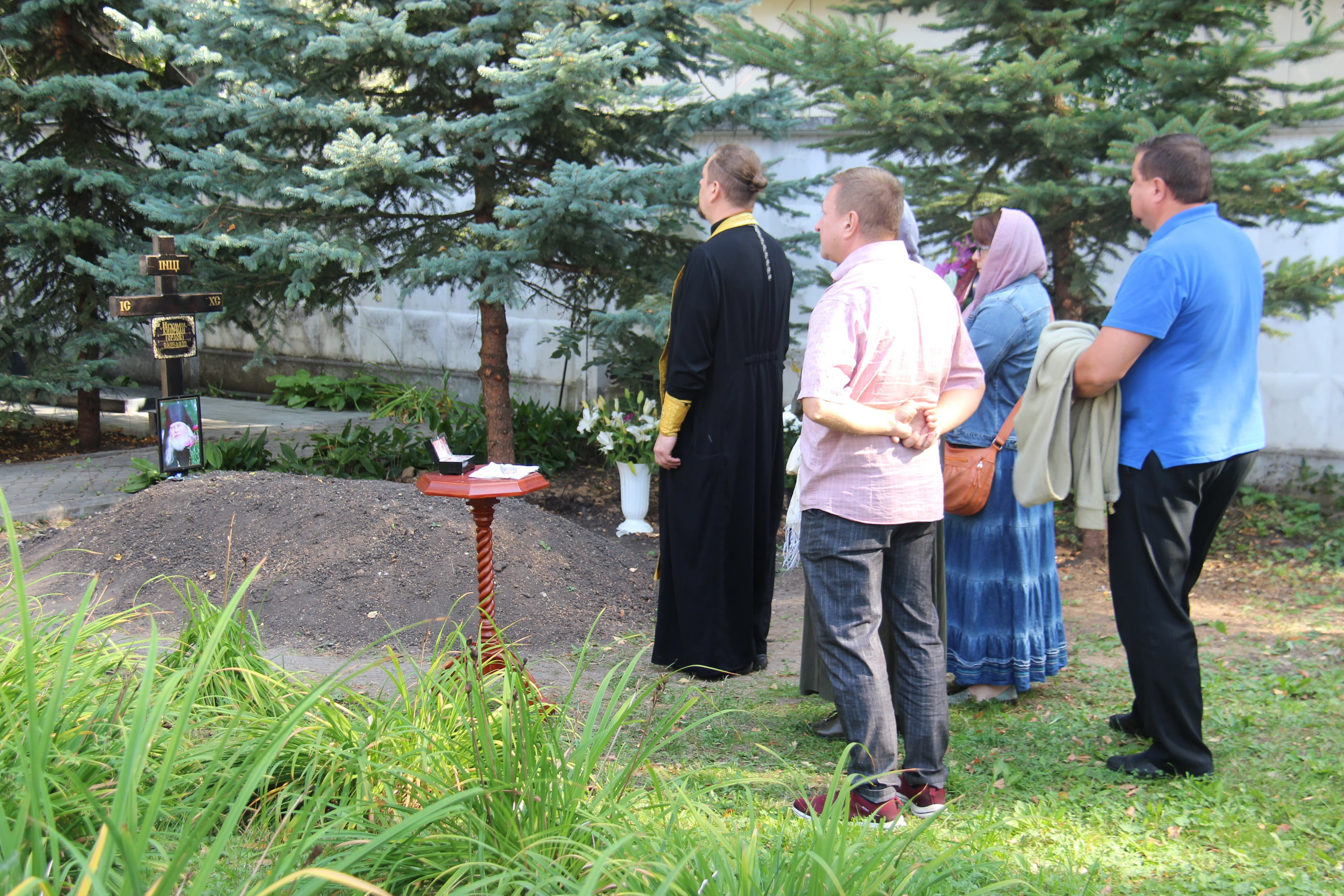 http://monuspen.ru/photoreports/81b329e91db1194e3c091aa1d0224590.JPG