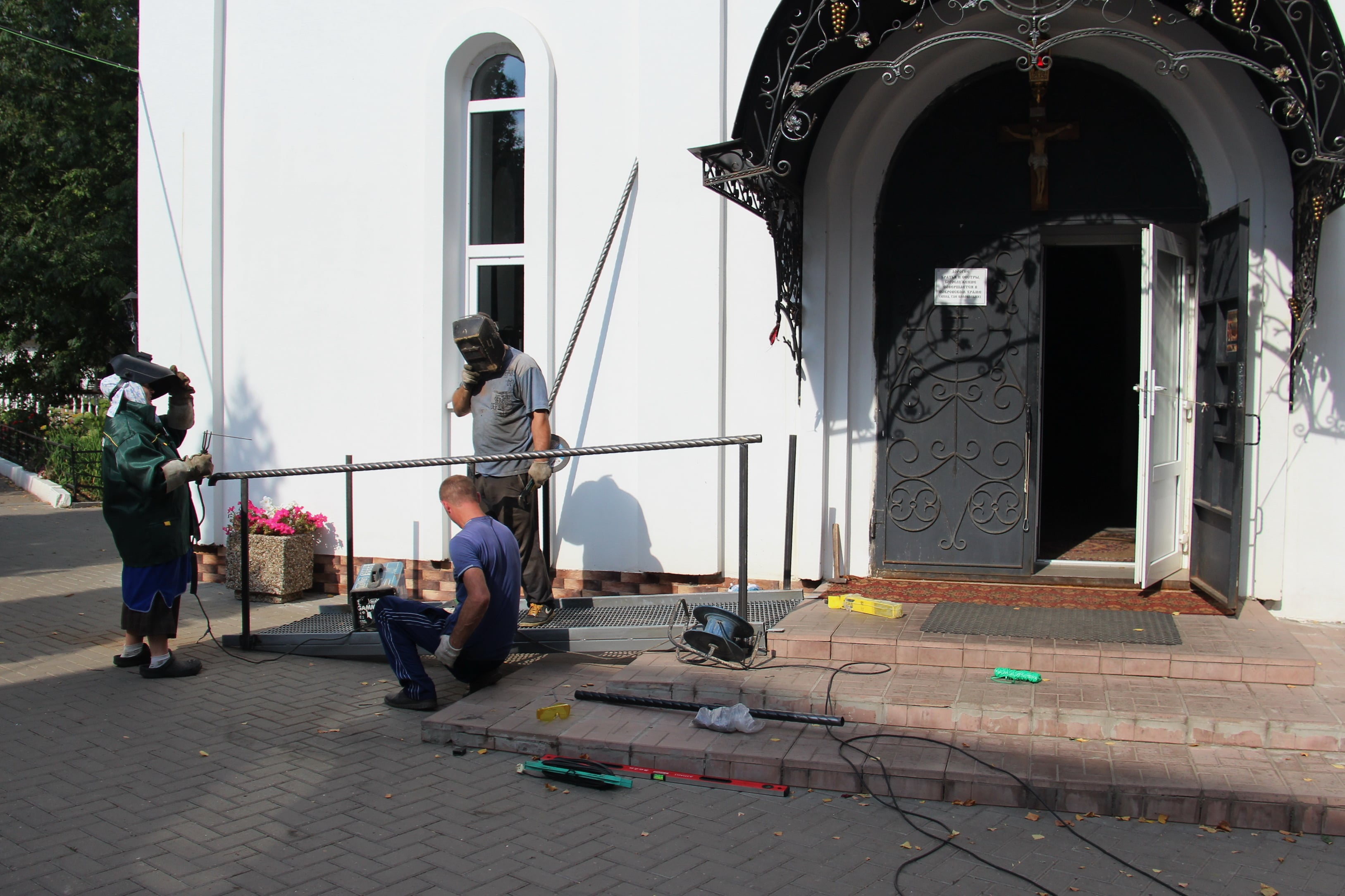 http://monuspen.ru/photoreports/9df63e5e9d77c5739c4060bc33b07f8l.JPG