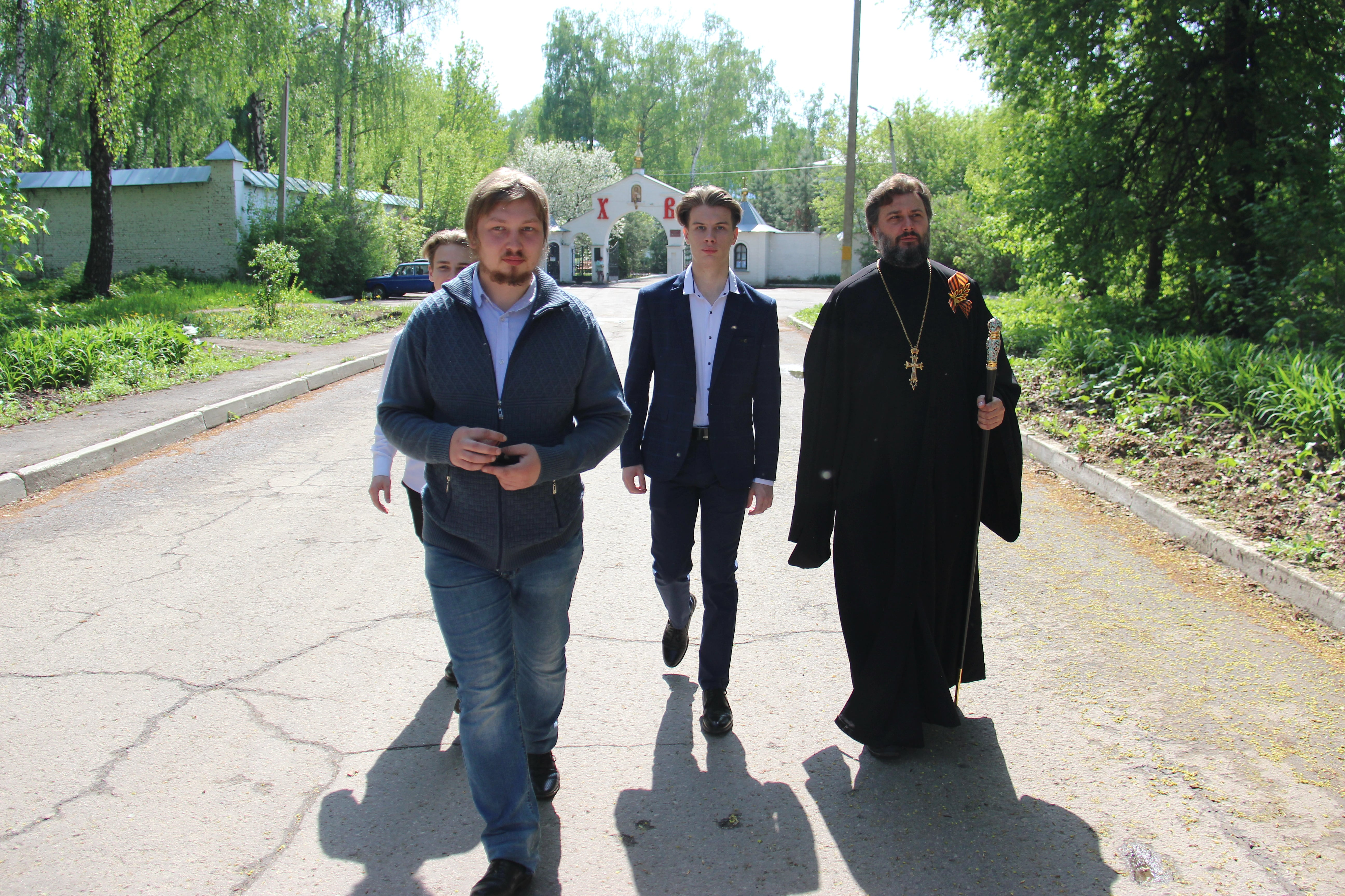 http://monuspen.ru/photoreports/ba2010941251efe9afabca220cb49d76.JPG