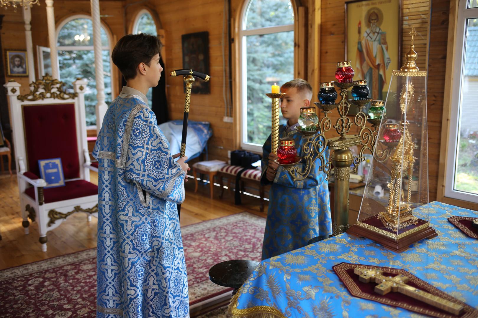 http://monuspen.ru/photoreports/c921fa66433a9104090f5865f55396ai.jpg