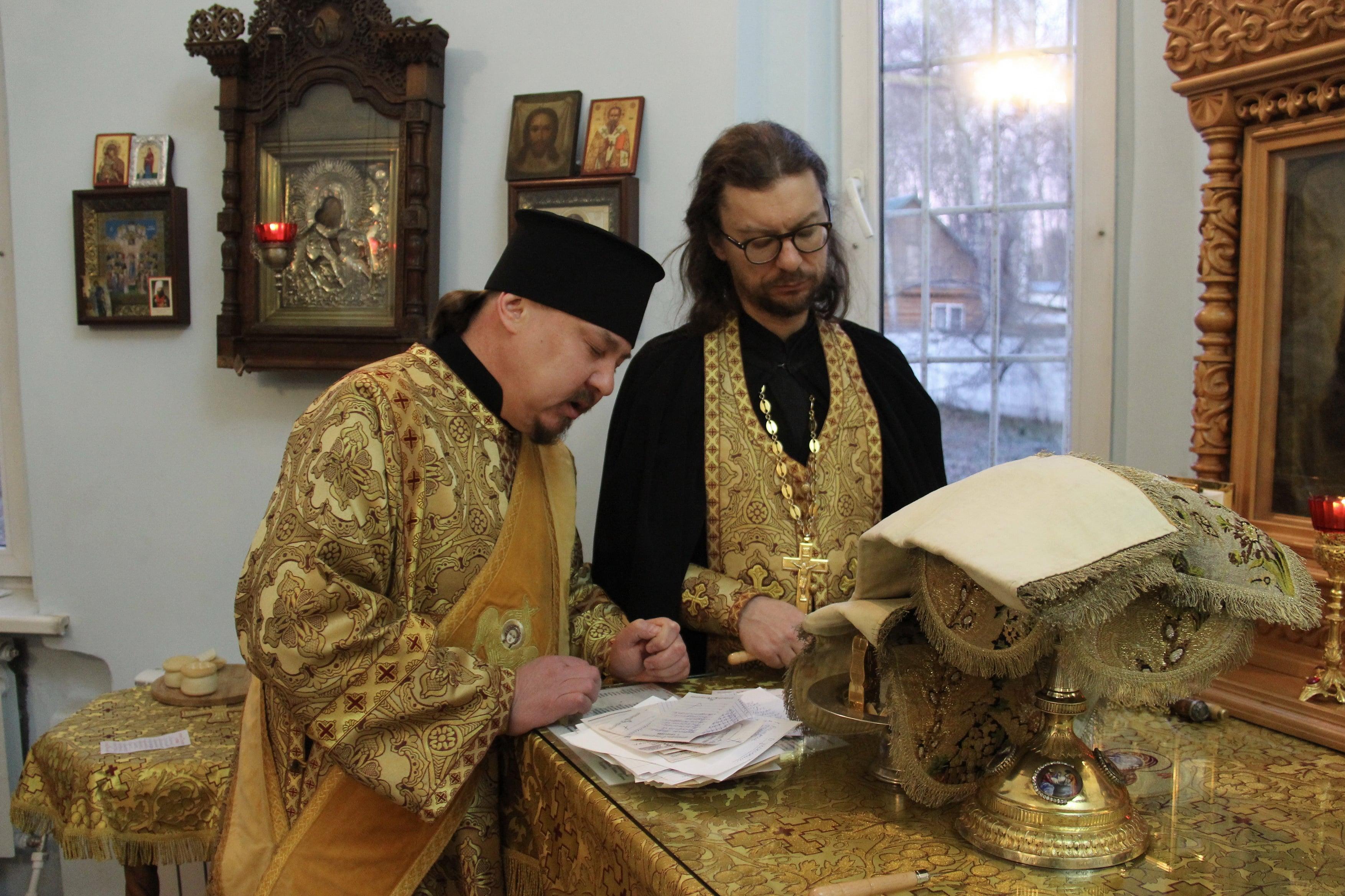 http://monuspen.ru/photoreports/ca3cfa76dabb081e45b240f799db68g1.JPG