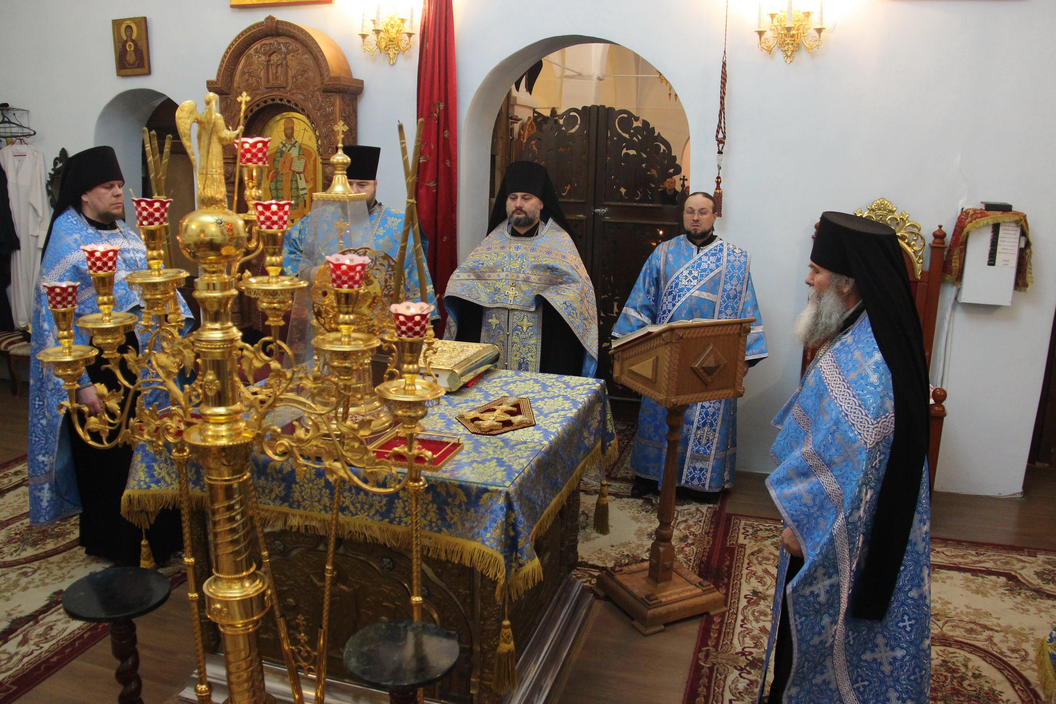 http://monuspen.ru/photoreports/cfb6a29ae0d6f6a8689fb40423a26bd7.JPG