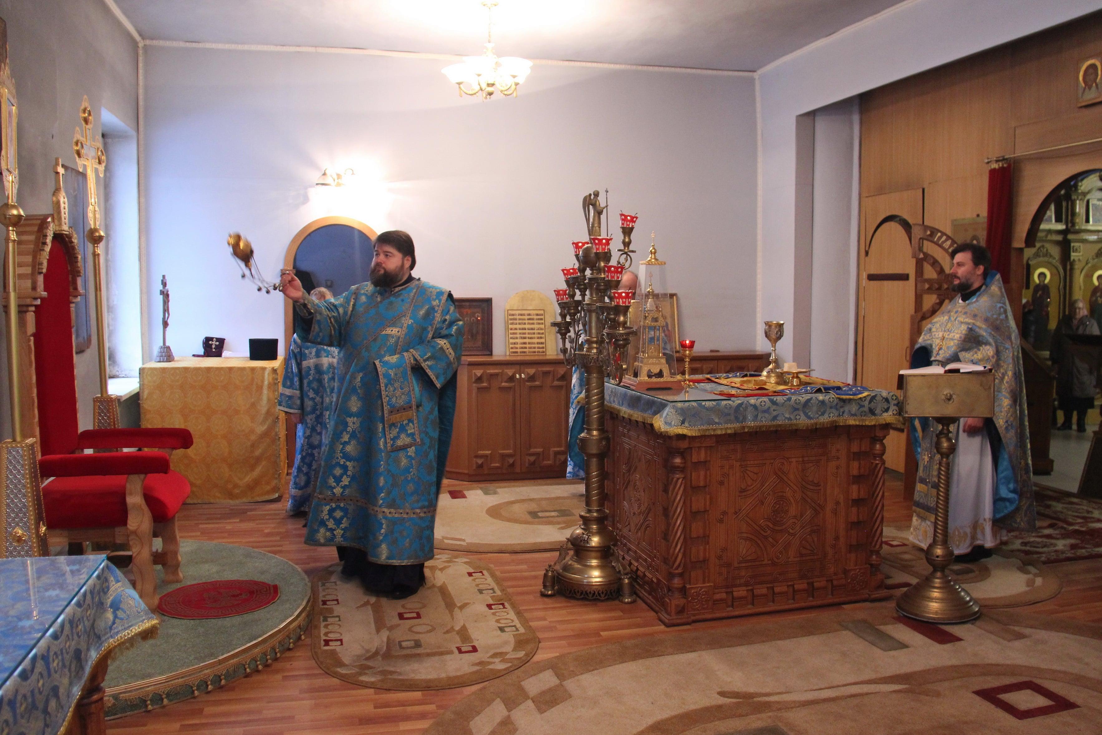 http://monuspen.ru/photoreports/cfb6a29ae0d6f6a8689fb40423a26bg1.JPG