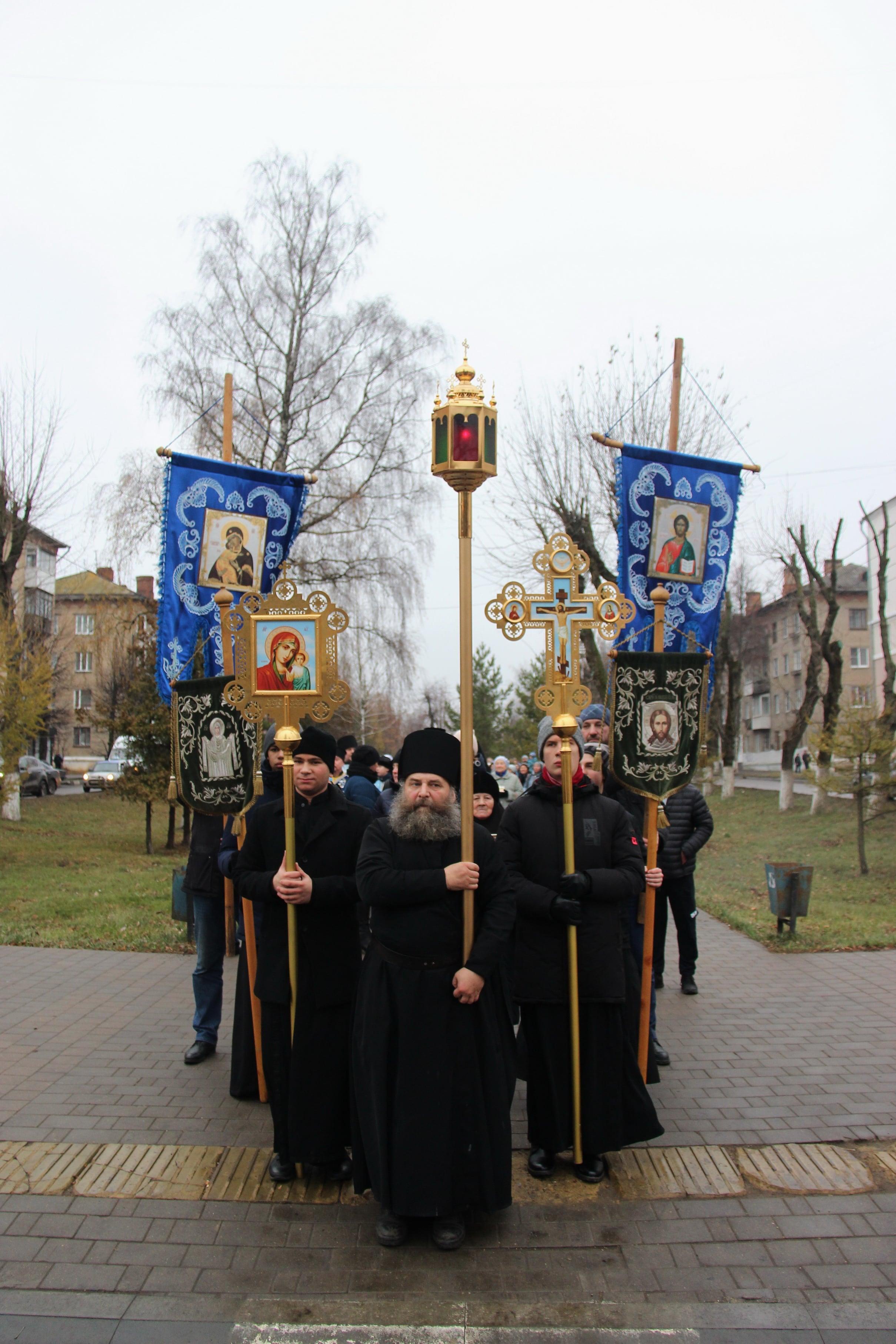 http://monuspen.ru/photoreports/e885ad143ffeae12541ceee7e7725b2d.JPG