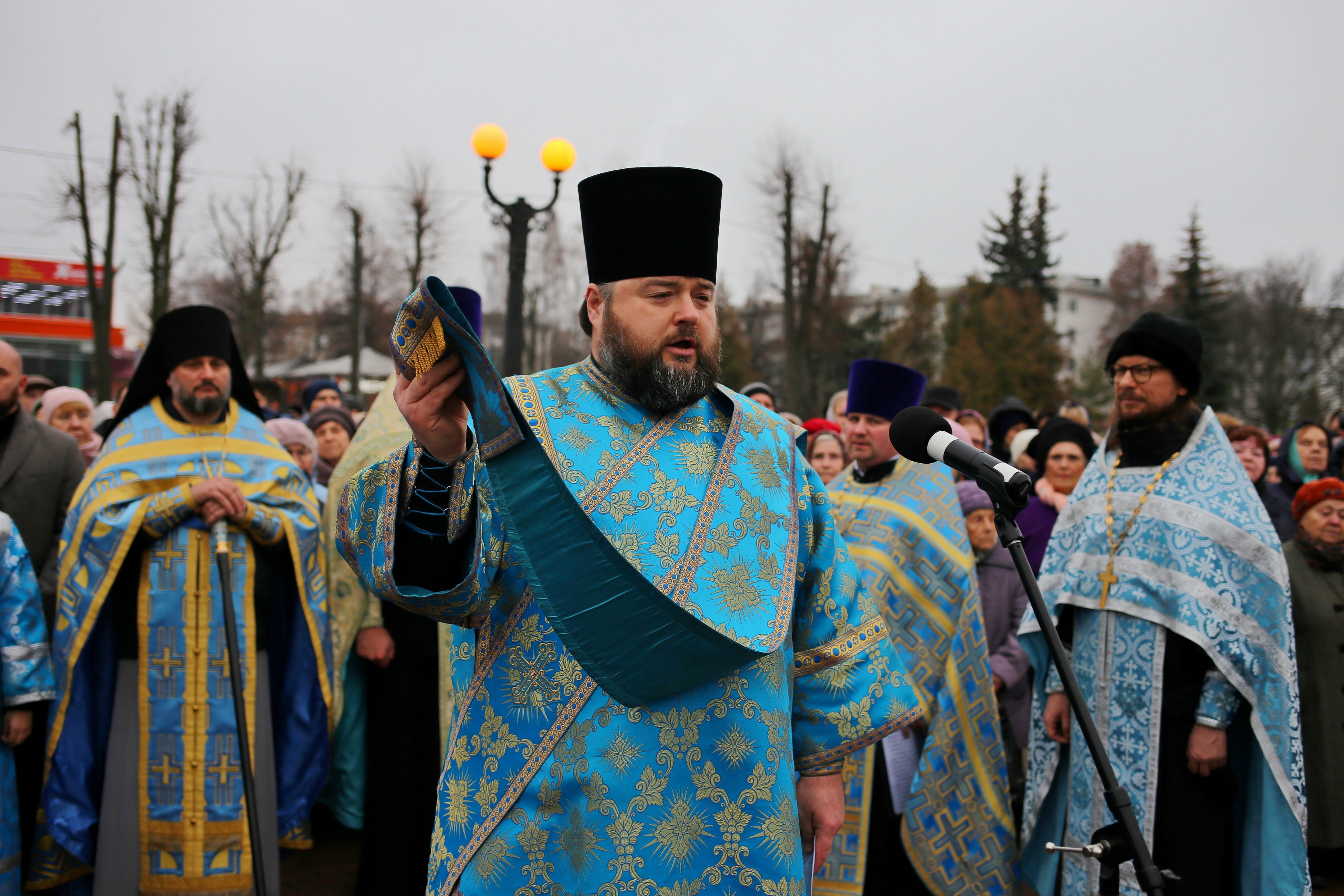 http://monuspen.ru/photoreports/e885ad143ffeae12541ceee7e7725b2m.jpg