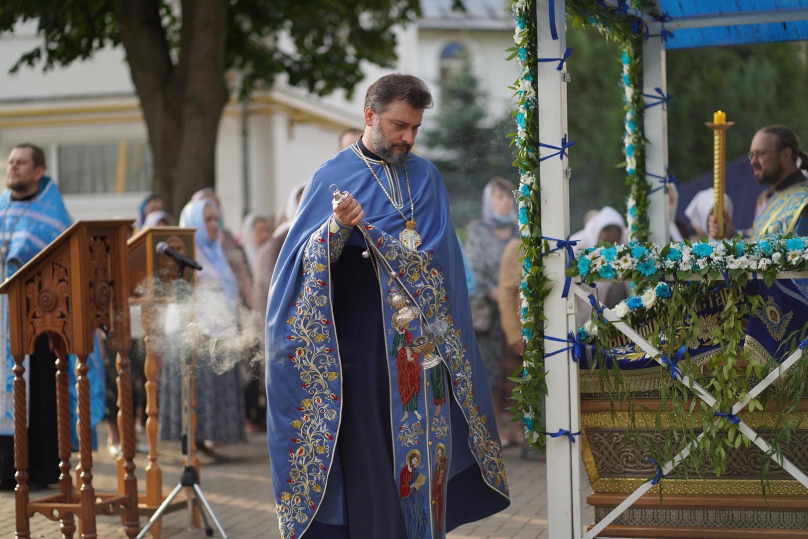 http://monuspen.ru/photoreports/eb9de00e1f5615849ea00b127bfcb98k.jpg