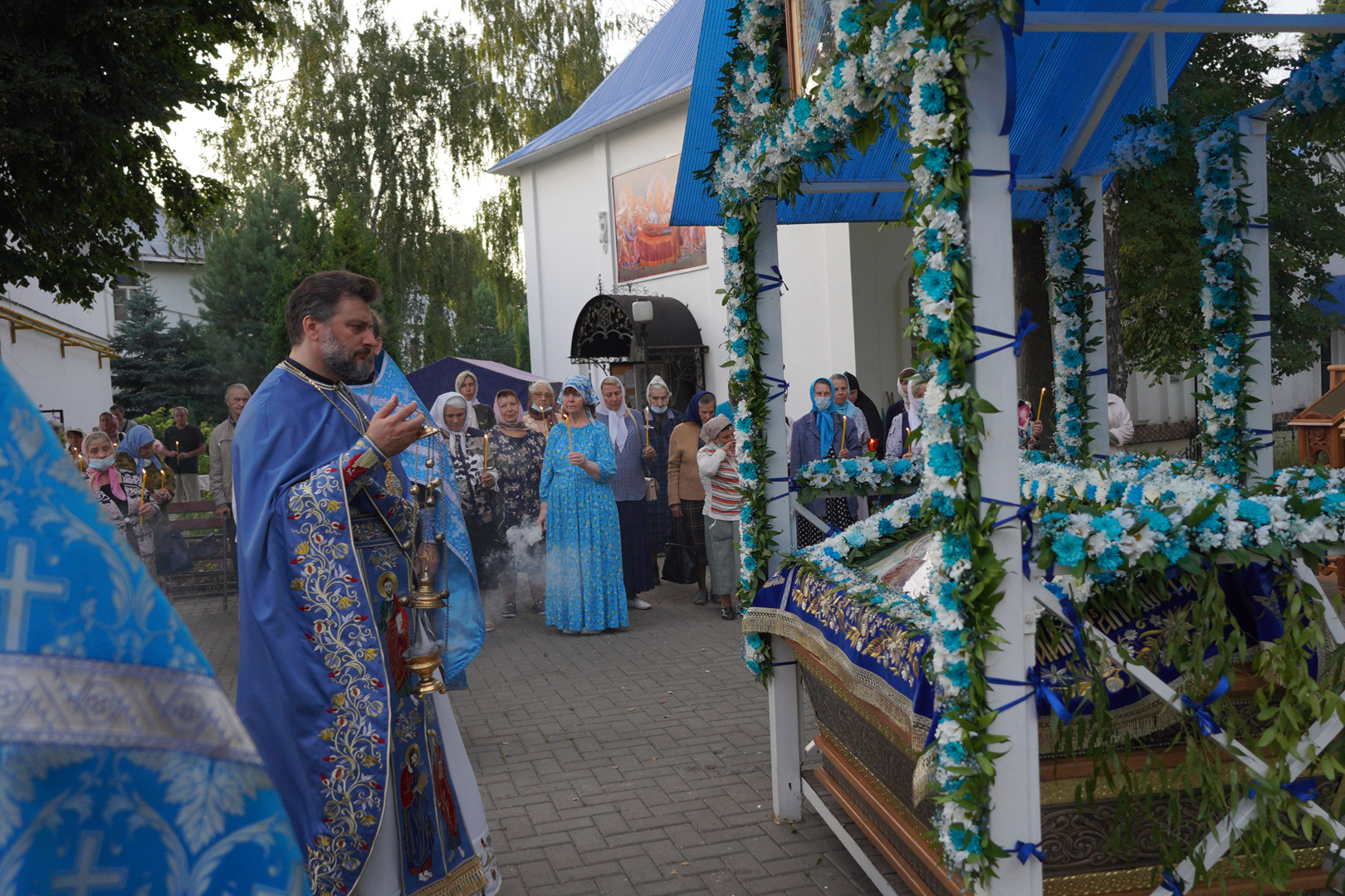 http://monuspen.ru/photoreports/eb9de00e1f5615849ea00b127bfcb98x.jpg