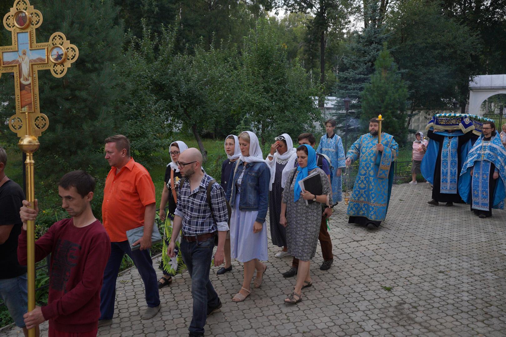 http://monuspen.ru/photoreports/eb9de00e1f5615849ea00b127bfcb99b.jpg