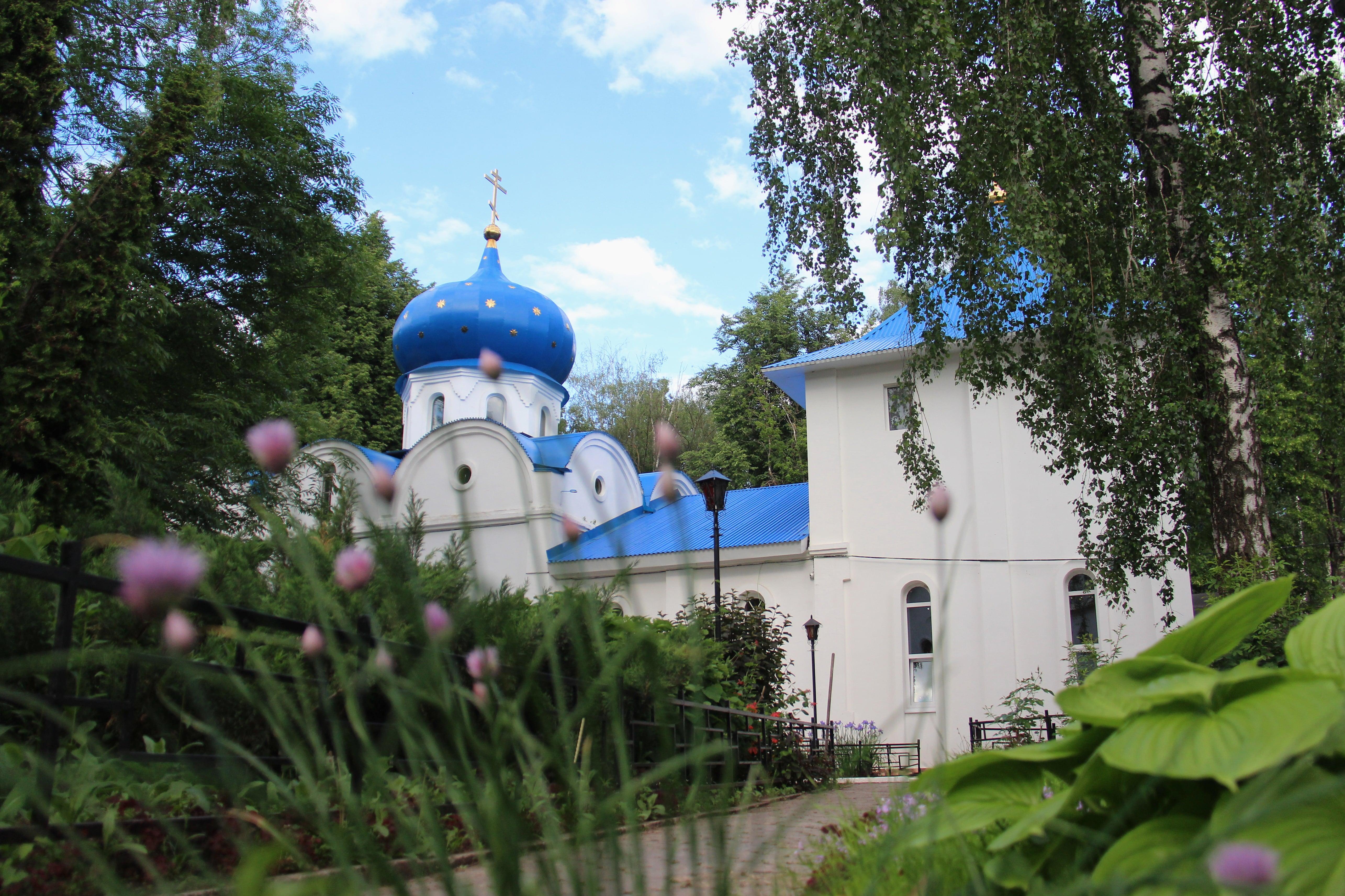 http://monuspen.ru/photoreports/f0fd1d8b1ea6bf9e46e234a1b58ab417.JPG