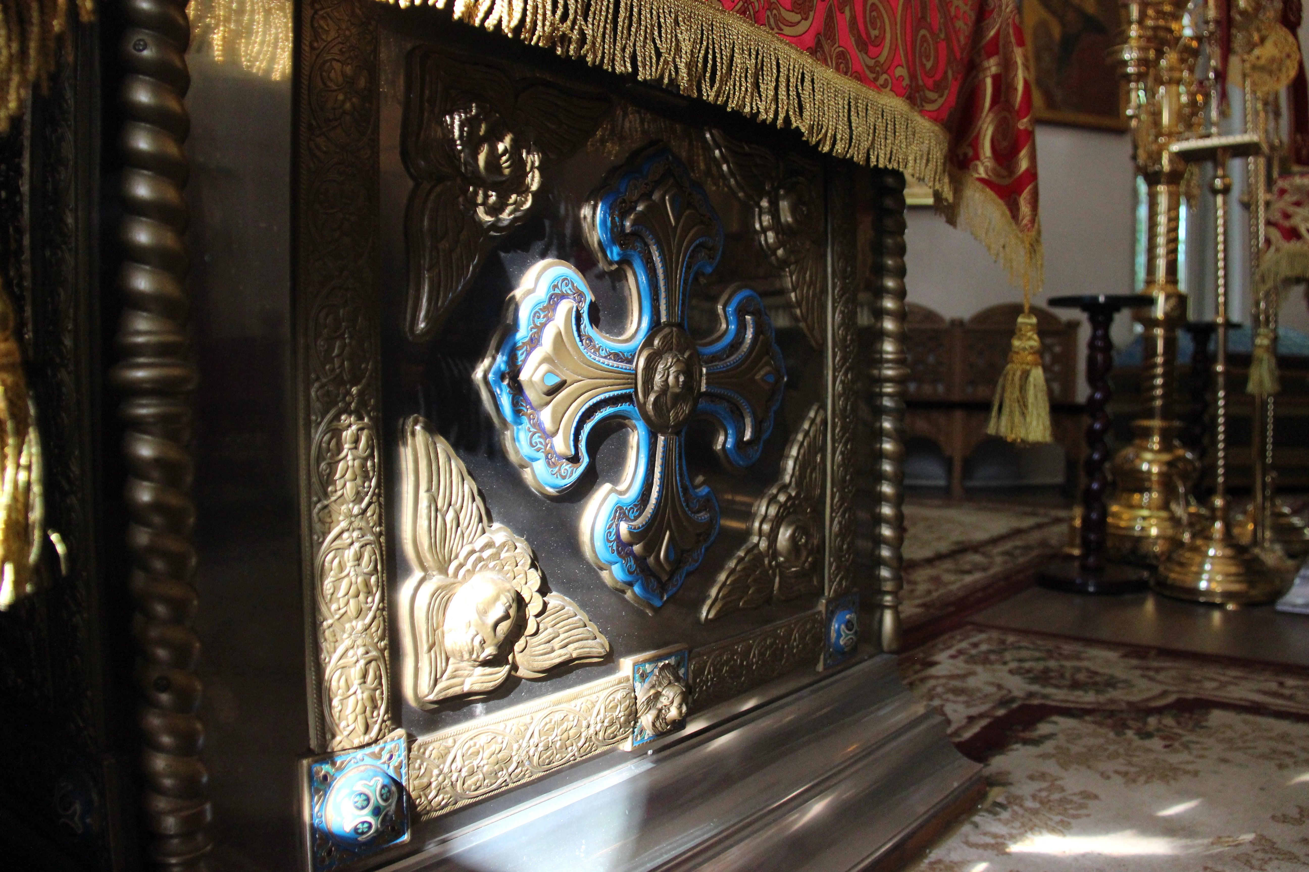 http://monuspen.ru/photoreports/f0fd1d8b1ea6bf9e46e234a1b58ab419.JPG