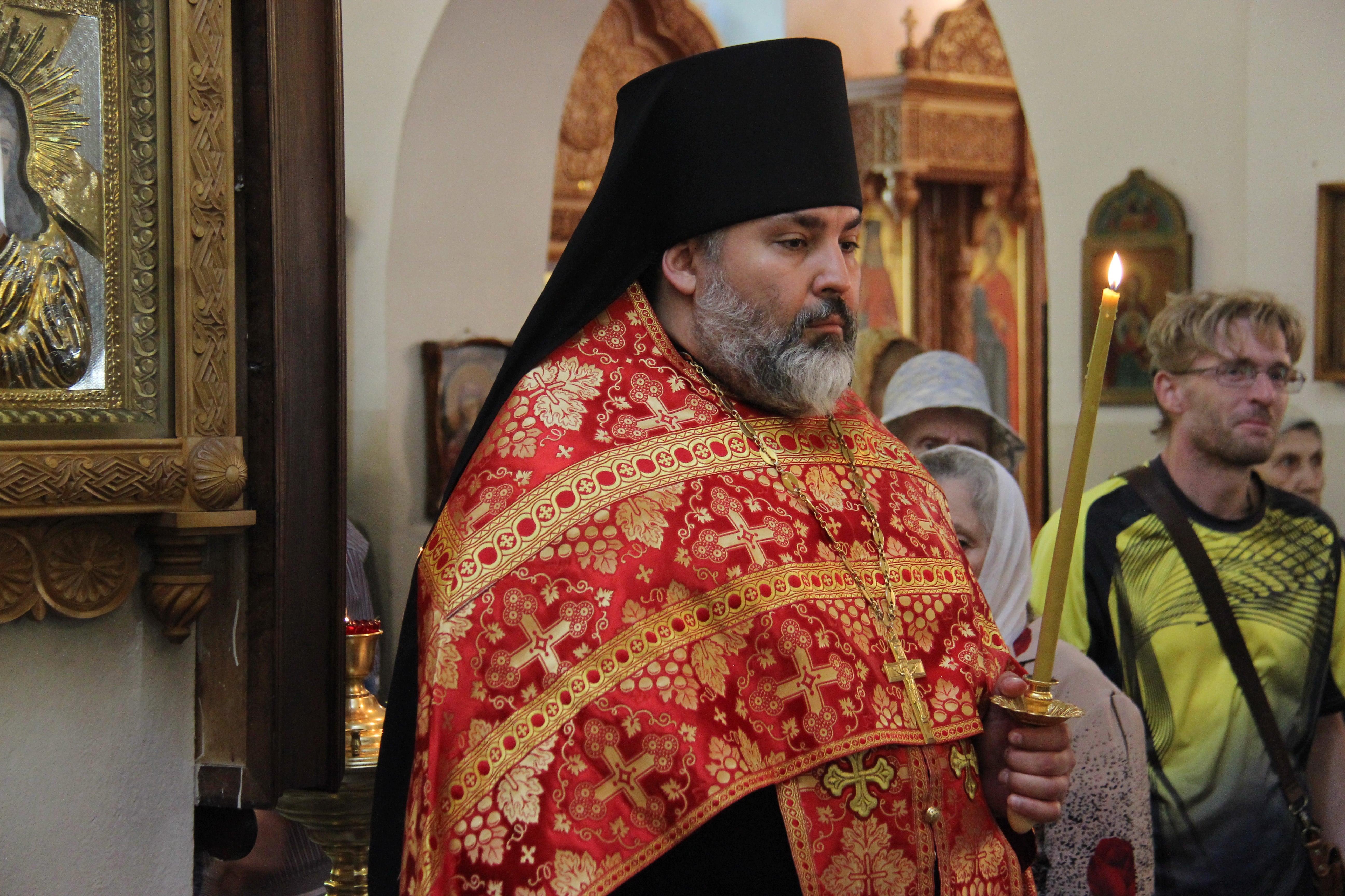 http://monuspen.ru/photoreports/f0fd1d8b1ea6bf9e46e234a1b58ab429.JPG