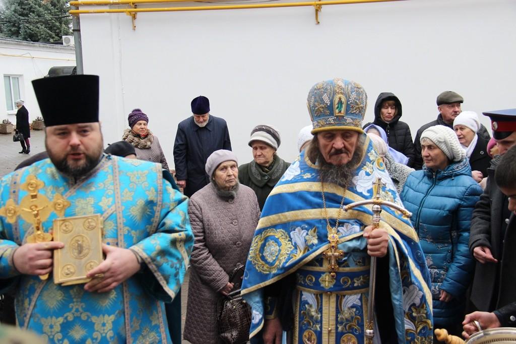 http://monuspen.ru/photos/2200c13e0e9e89fd15c20e5a446dab12.JPG