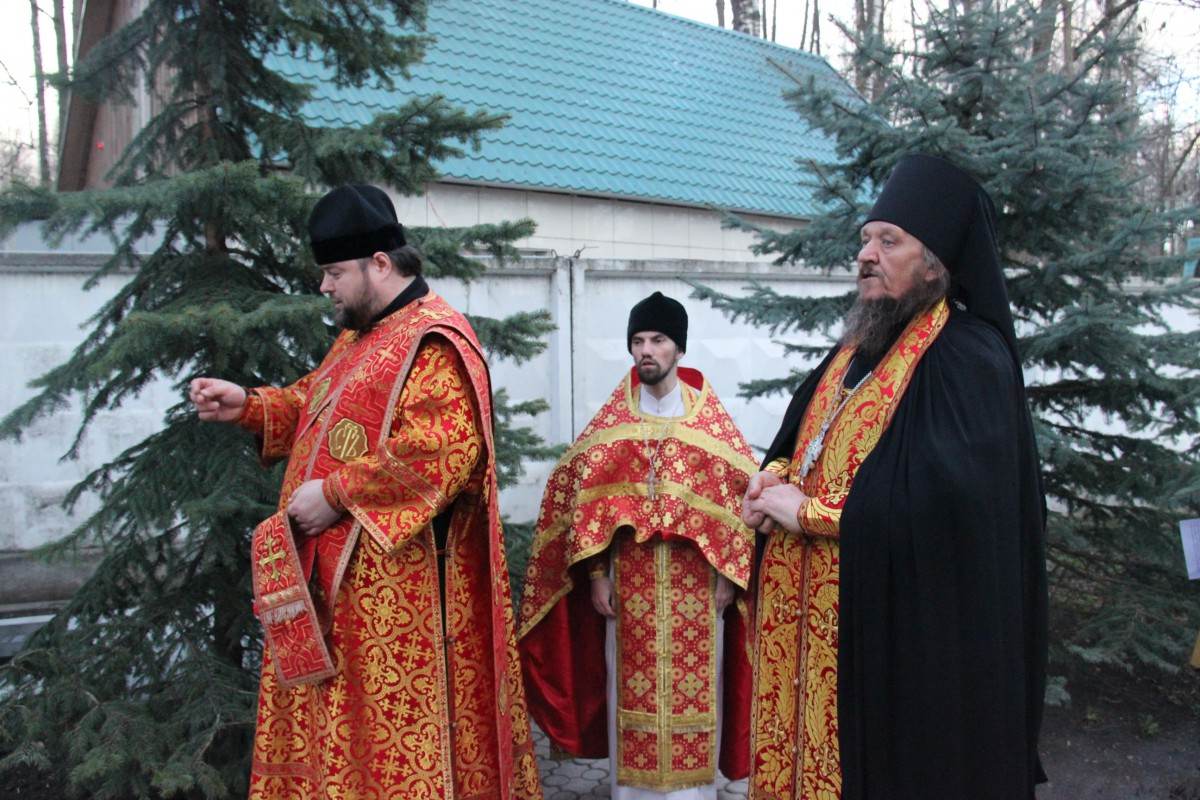 http://monuspen.ru/photos/366cf7778223321e6853fa4fa4a1cc2c.JPG