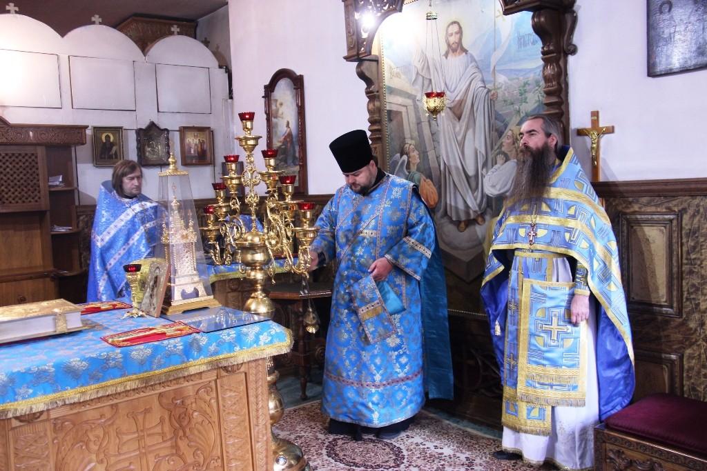 http://monuspen.ru/photos/384283fdcb41b2cc97e47c339b7d6abu.JPG