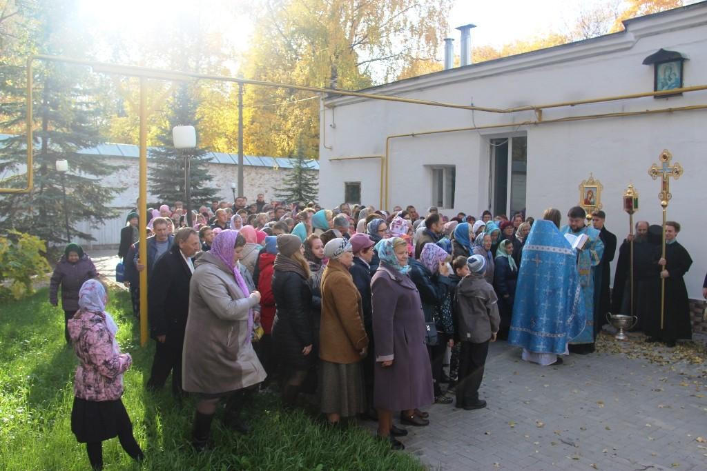 http://monuspen.ru/photos/384283fdcb41b2cc97e47c339b7d6adh.JPG