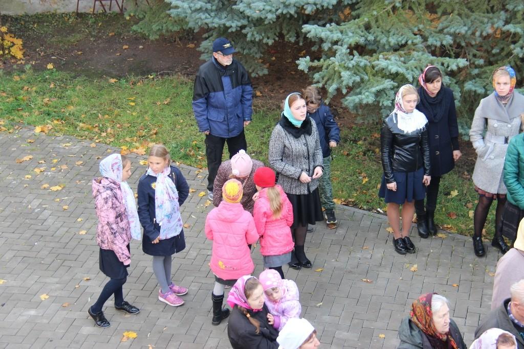 http://monuspen.ru/photos/384283fdcb41b2cc97e47c339b7d6aed.JPG