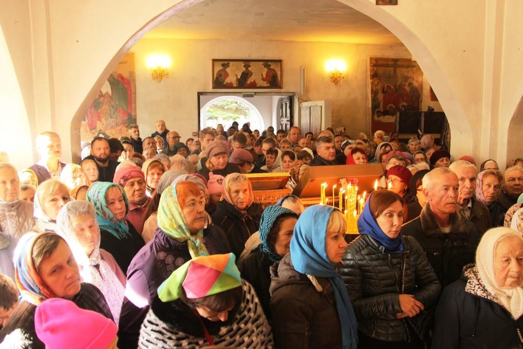 http://monuspen.ru/photos/384283fdcb41b2cc97e47c339b7d6aeh.JPG