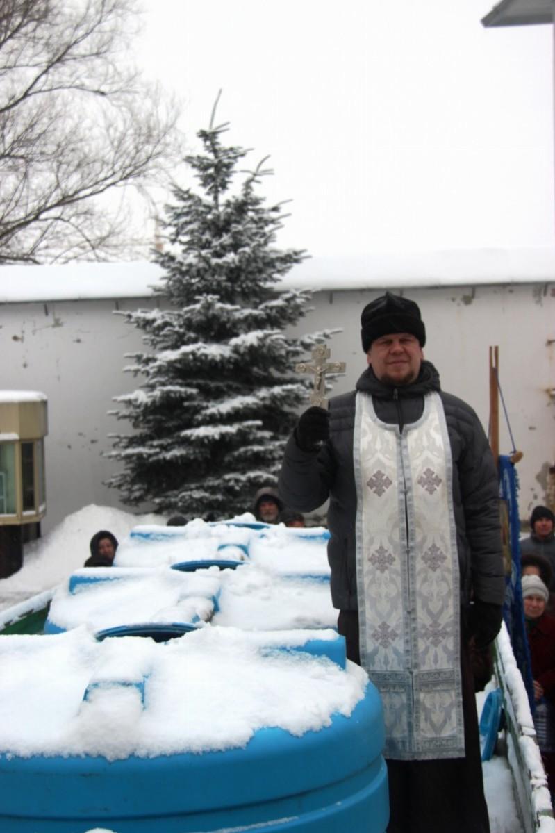 http://monuspen.ru/photos/487e030c307d4002ac8cadea97448c00.JPG