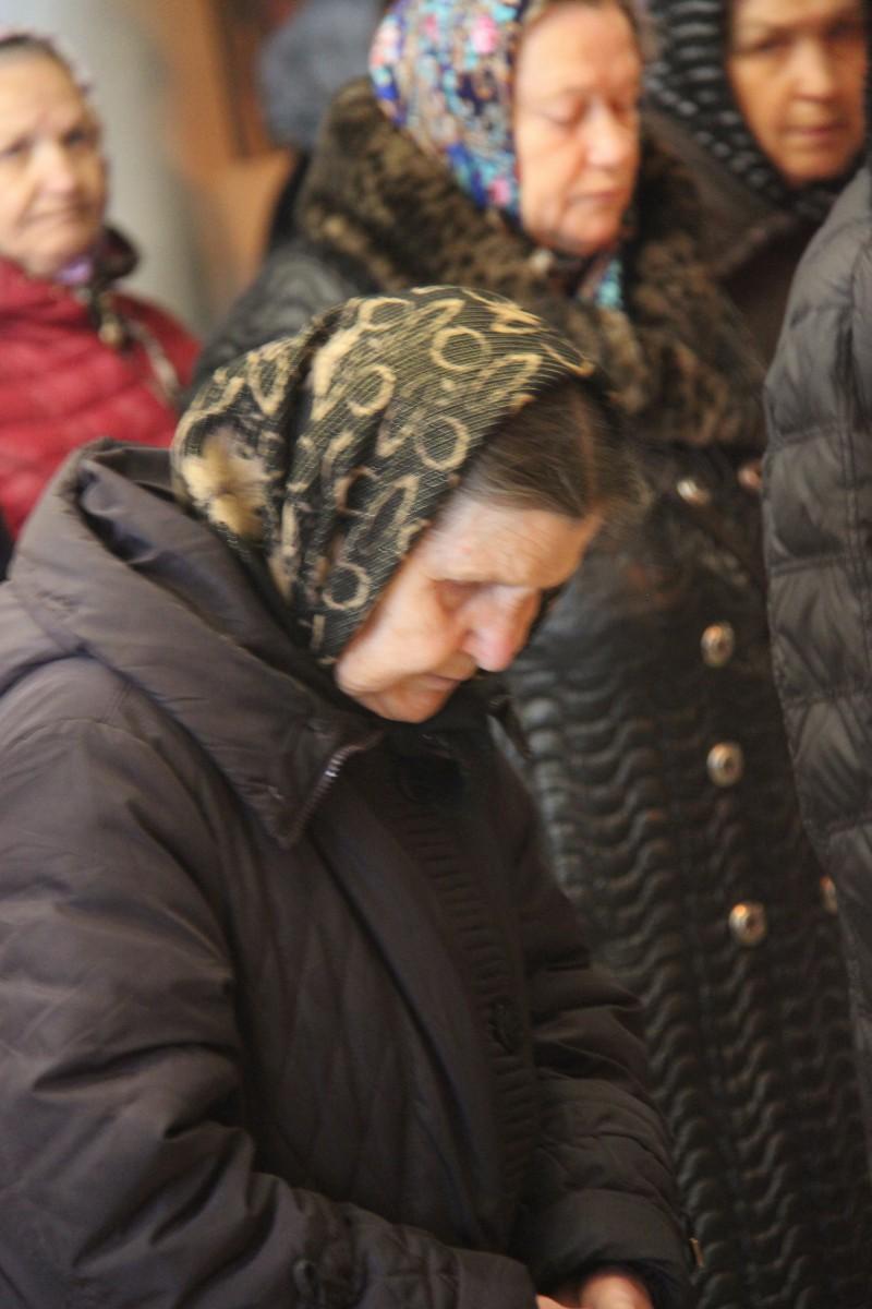 http://monuspen.ru/photos/54bcc5d5a2141f086c353da05a867489.JPG