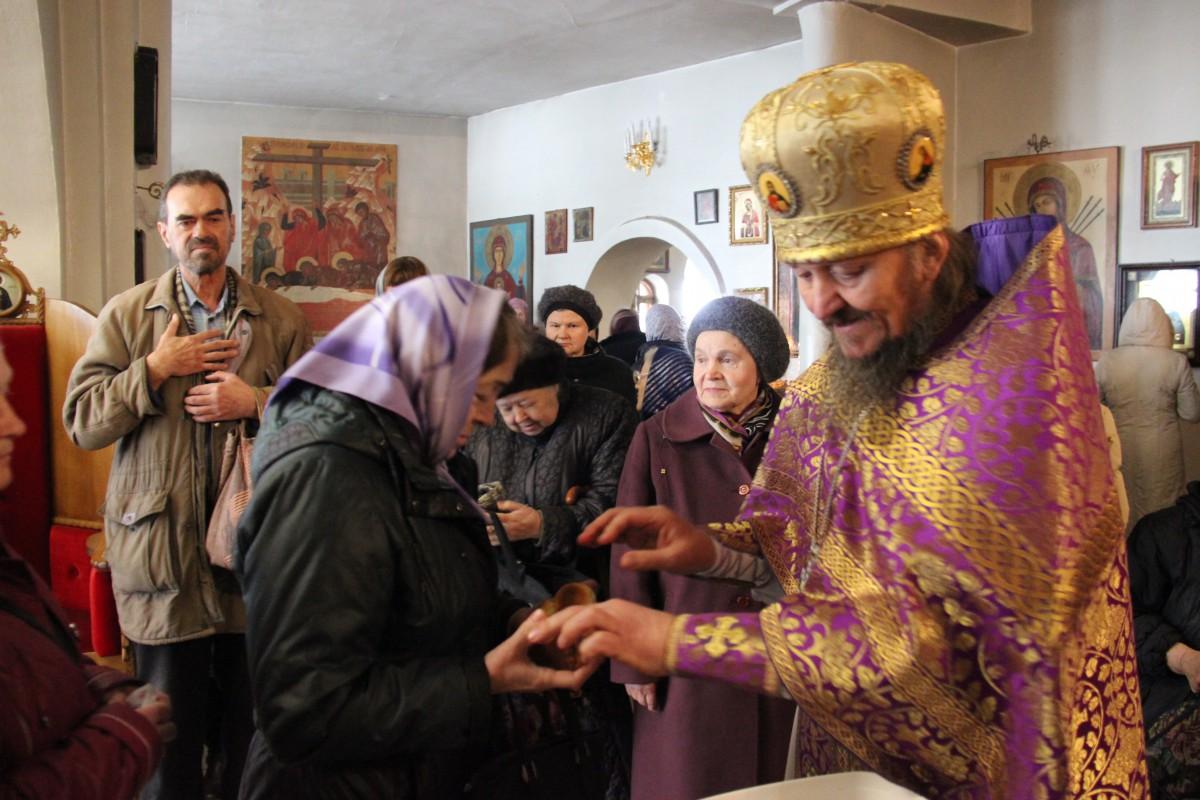 http://monuspen.ru/photos/54bcc5d5a2141f086c353da05a867506.JPG