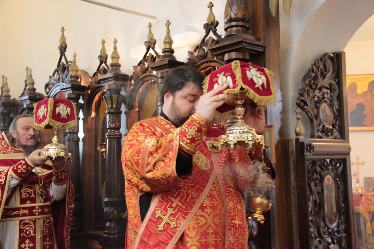 http://monuspen.ru/photos/60256d5ca11b3da4c95ecbf44cce6bdt.JPG