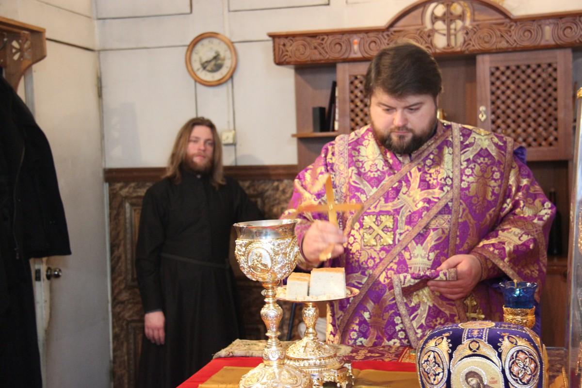 http://monuspen.ru/photos/686c558301fa95ce0fff5ced74e4d8e7.JPG