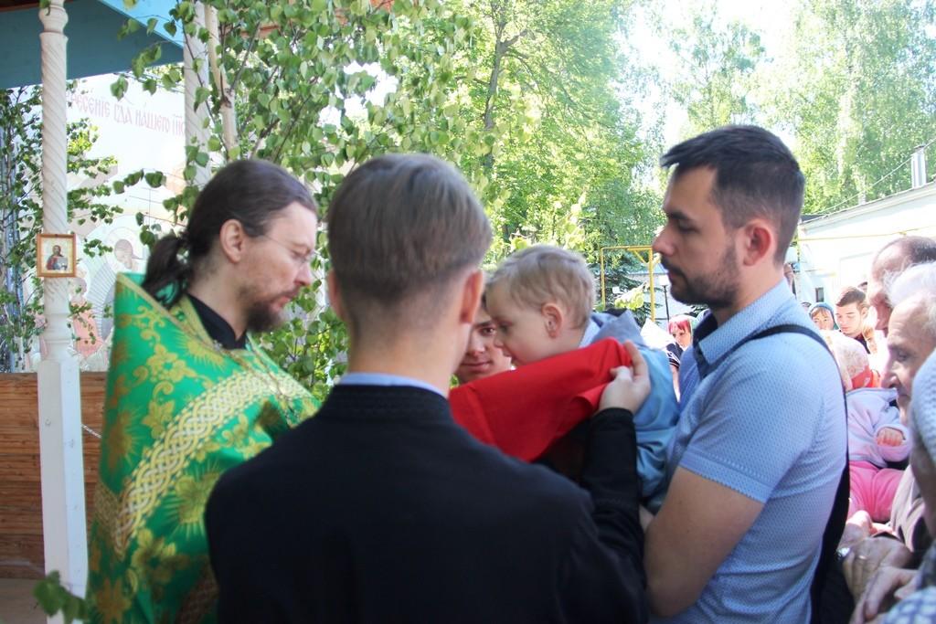 http://monuspen.ru/photos/6c8642c4b881643e05549e58920a2204.JPG