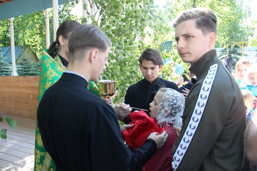 http://monuspen.ru/photos/6c8642c4b881643e05549e58920a2205.JPG
