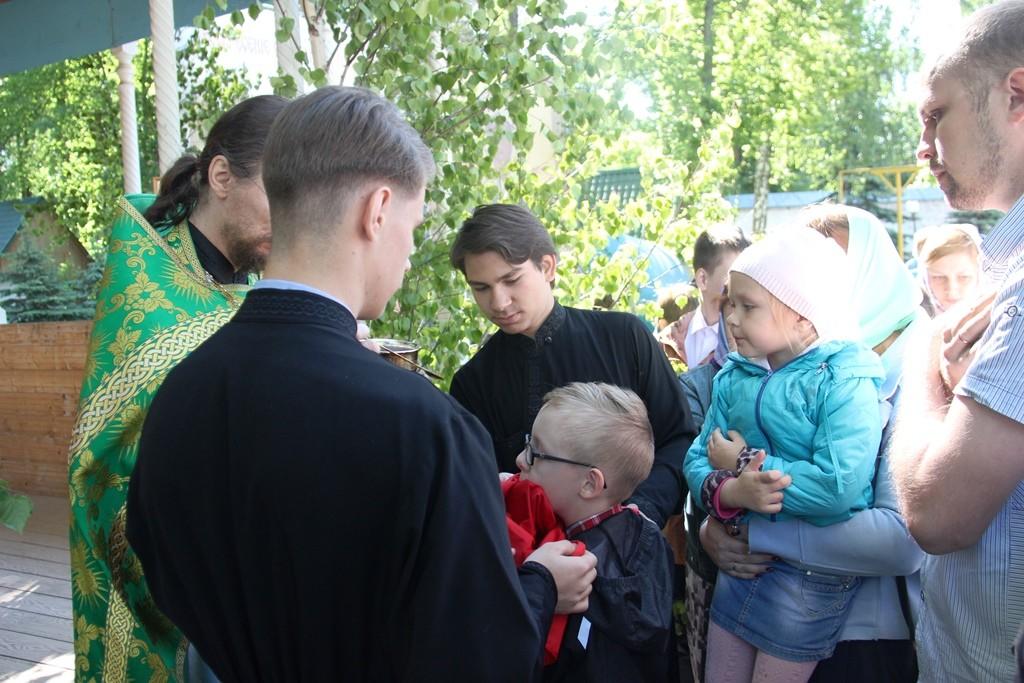 http://monuspen.ru/photos/6c8642c4b881643e05549e58920a2208.JPG