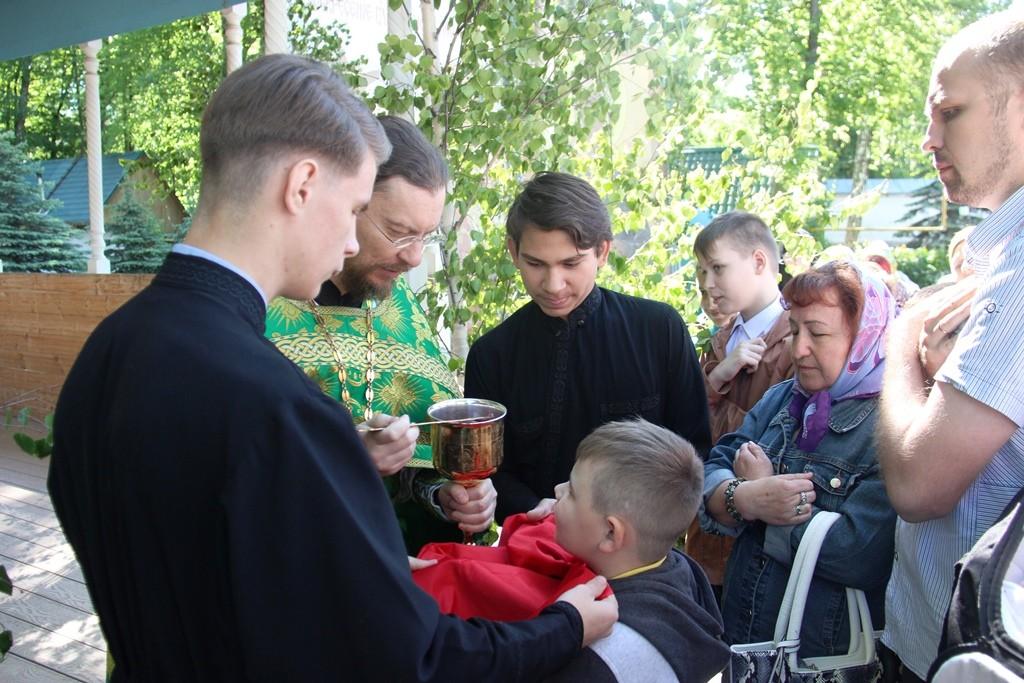 http://monuspen.ru/photos/6c8642c4b881643e05549e58920a2211.JPG