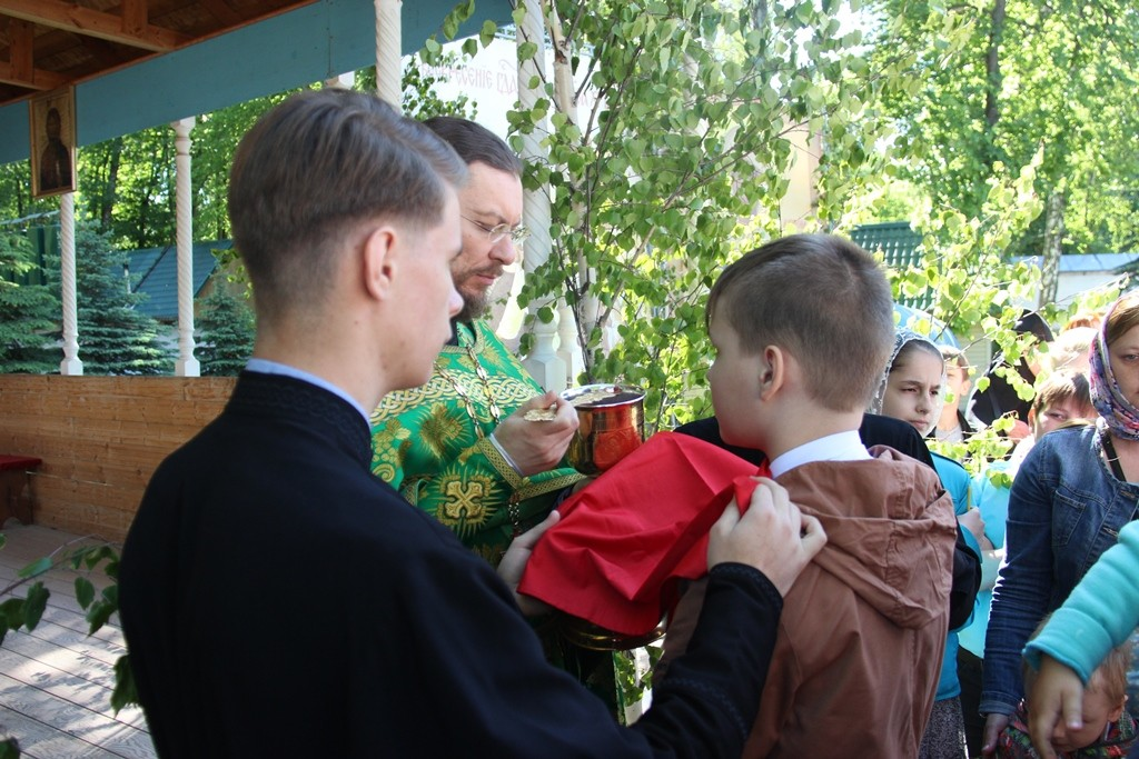 http://monuspen.ru/photos/6c8642c4b881643e05549e58920a2214.JPG