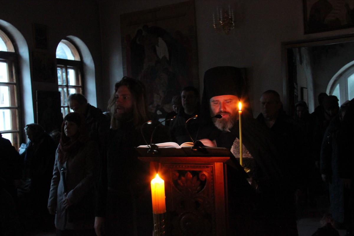 http://monuspen.ru/photos/8b4898d1f278c72c61429d5f2e709d41.JPG