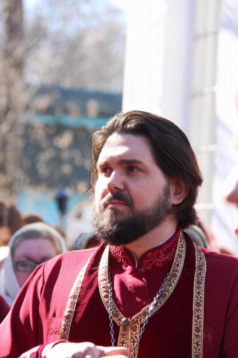 http://monuspen.ru/photos/8c6c937b95fde8132f277907f8efc3eu.JPG