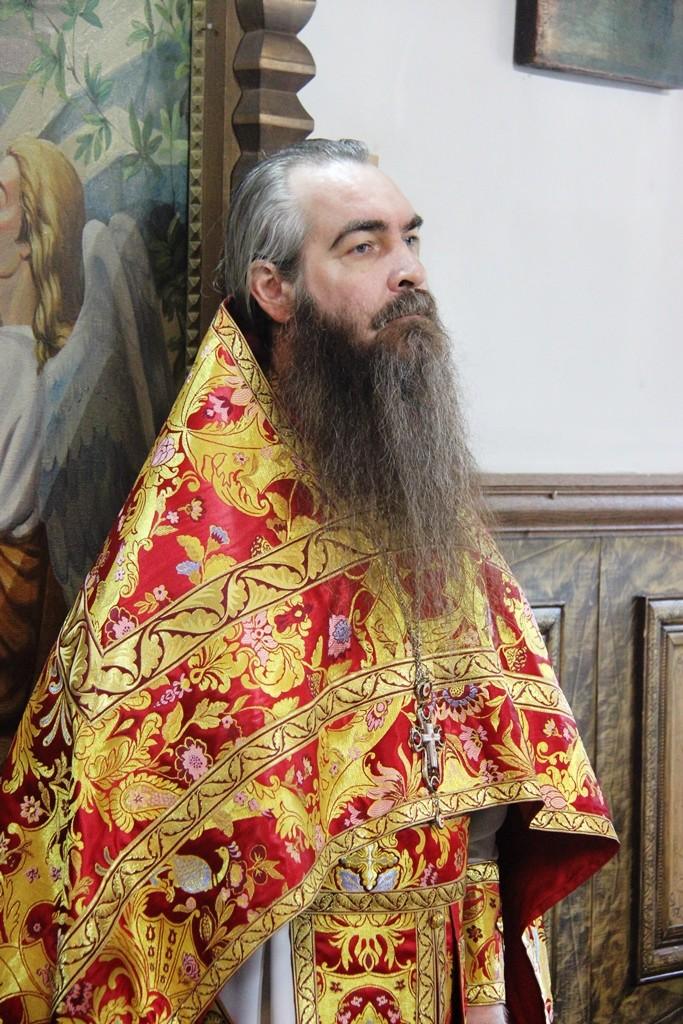 http://monuspen.ru/photos/a2382ba41f463c5bda5a96eb8e1ac7ae.JPG