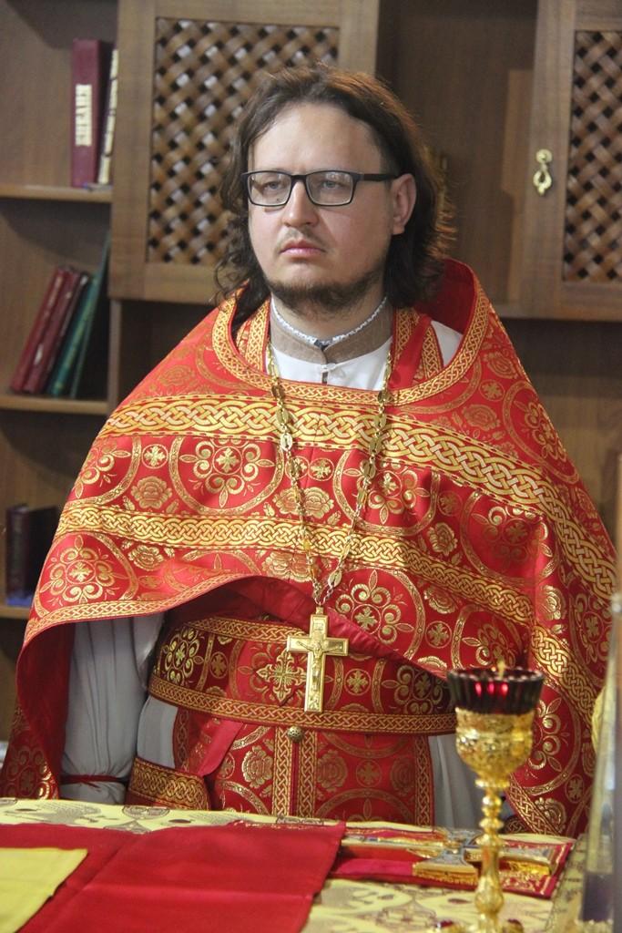 http://monuspen.ru/photos/a2382ba41f463c5bda5a96eb8e1ac7ai.JPG