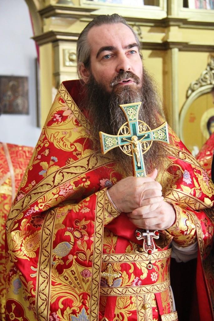http://monuspen.ru/photos/a2382ba41f463c5bda5a96eb8e1ac7ap.JPG