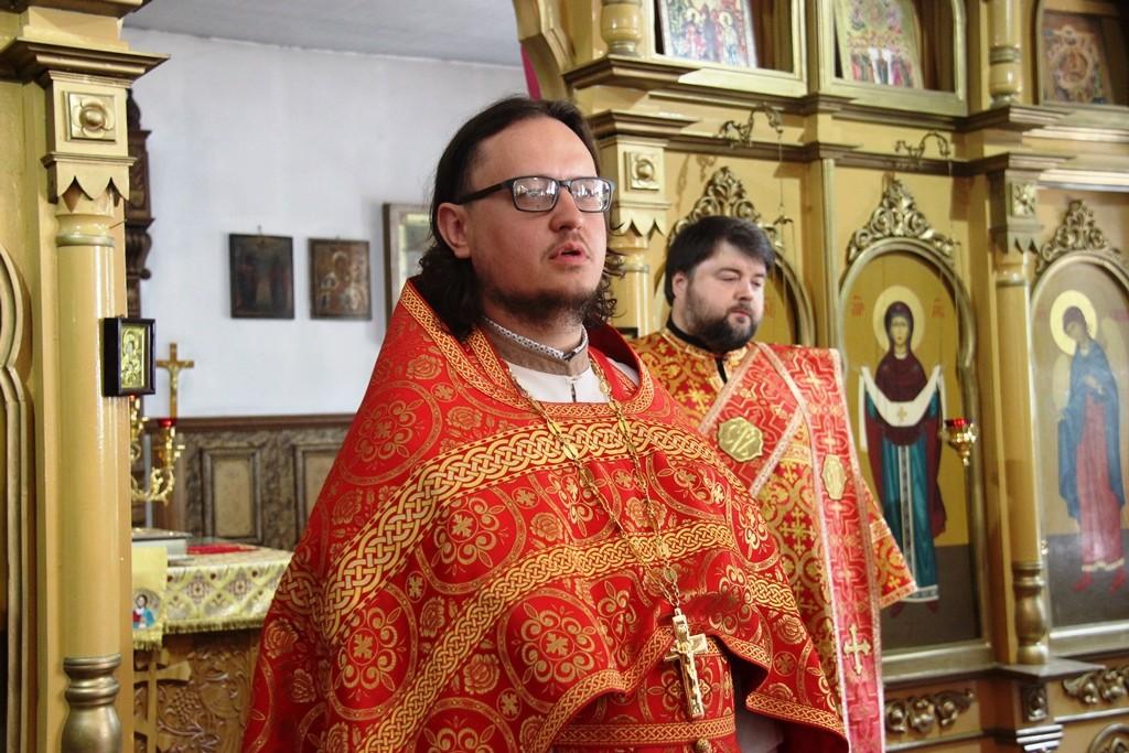 http://monuspen.ru/photos/a2382ba41f463c5bda5a96eb8e1ac7as.JPG